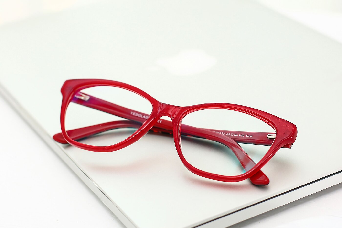 Wine Horn-Rimmed Geek-Chic Cat-Eye Eyeglasses