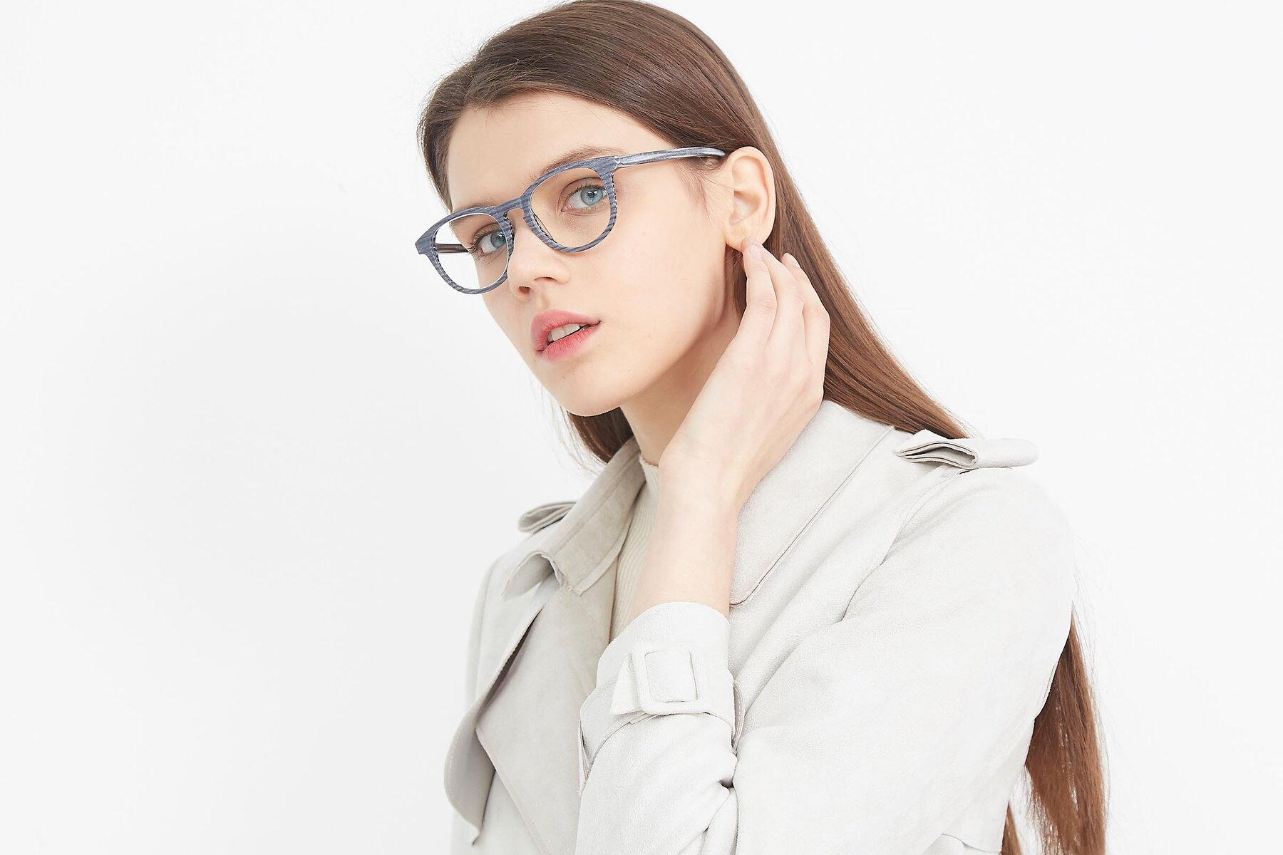 Women's lifestyle photography (landscape-1) of SR6044 in Gray-Wooden with Clear Blue Light Blocking Lenses