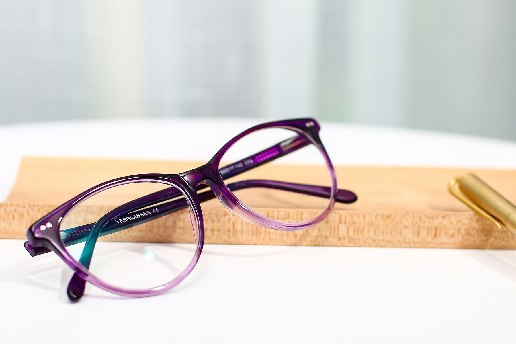 Women's lifestyle photography #1 of SR6050 in Transparent Gradient Violet with Clear Eyeglass Lenses