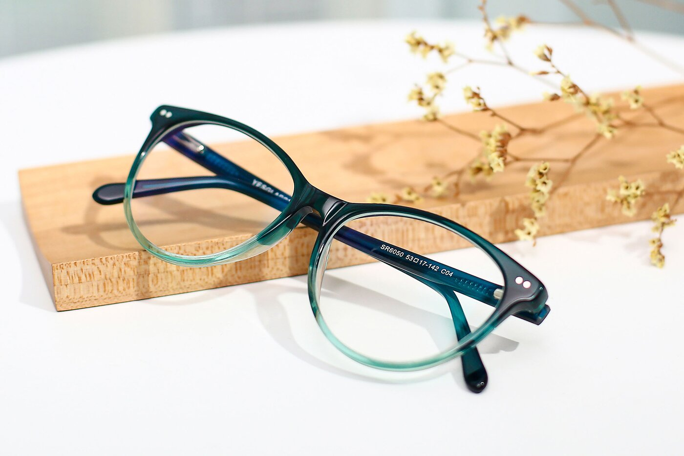 Transparent Gradient Green Hipster Acetate Cat-Eye Eyeglasses