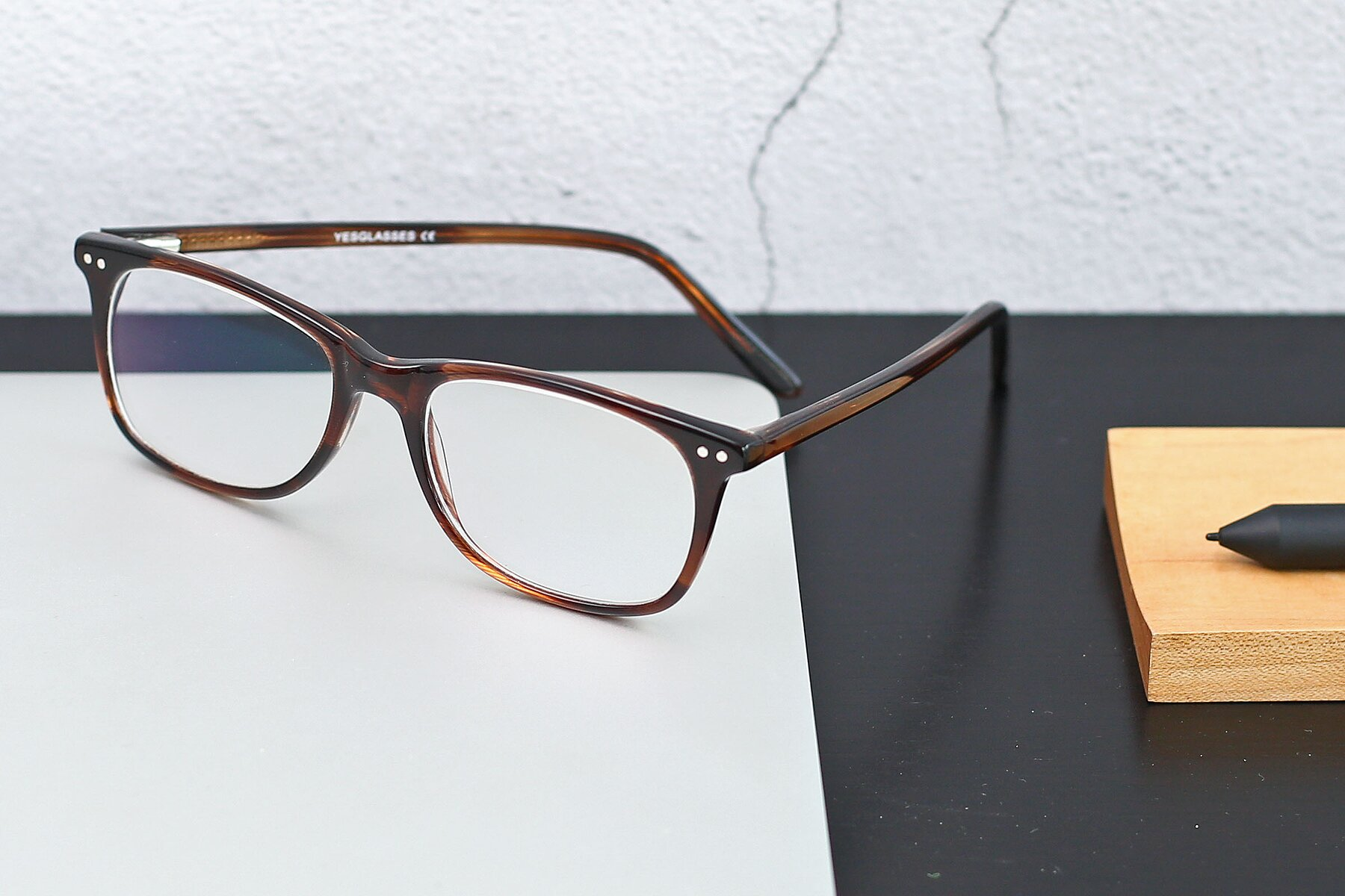 Lifestyle photography #2 of SR6052 in Striped Brown with Clear Eyeglass Lenses