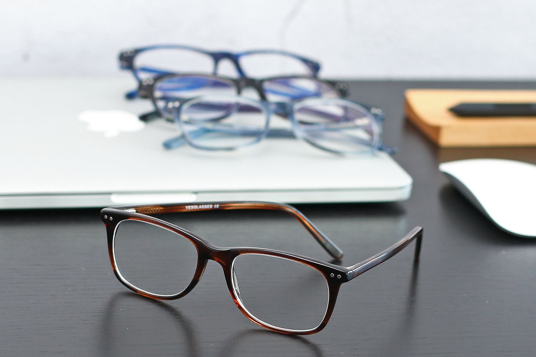 Lifestyle photography #4 of SR6052 in Striped Brown with Clear Eyeglass Lenses