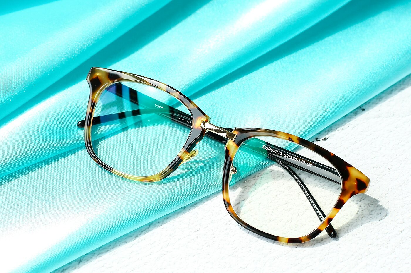 Tortoise Horn-Rimmed Metal Bridge Square Eyeglasses