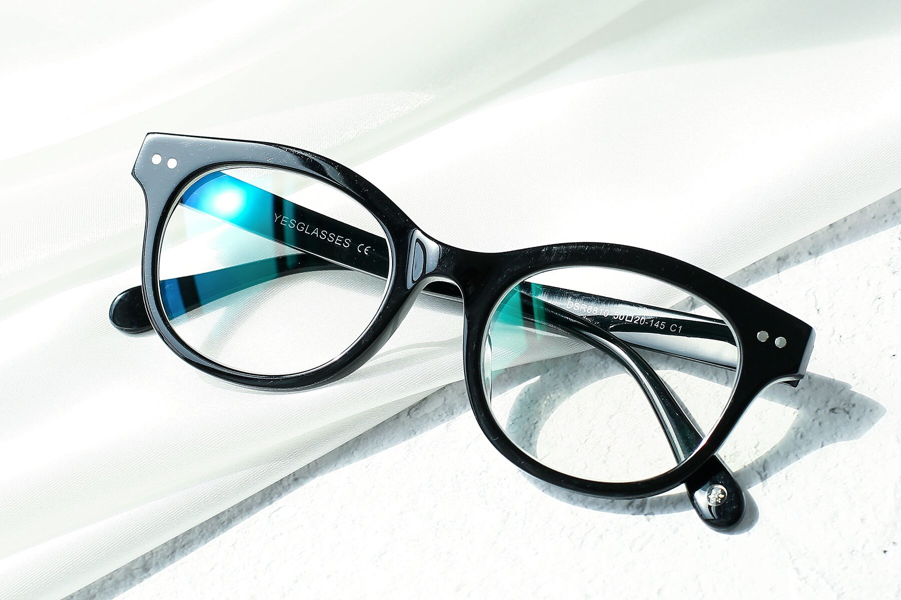 Lifestyle photography #1 of DSR8810 in Black with Clear Eyeglass Lenses