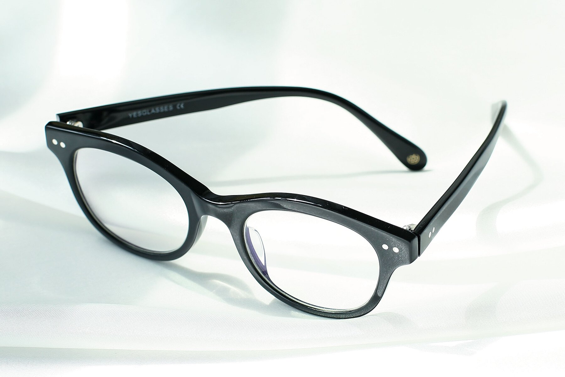 Lifestyle photography #2 of DSR8810 in Black with Clear Eyeglass Lenses