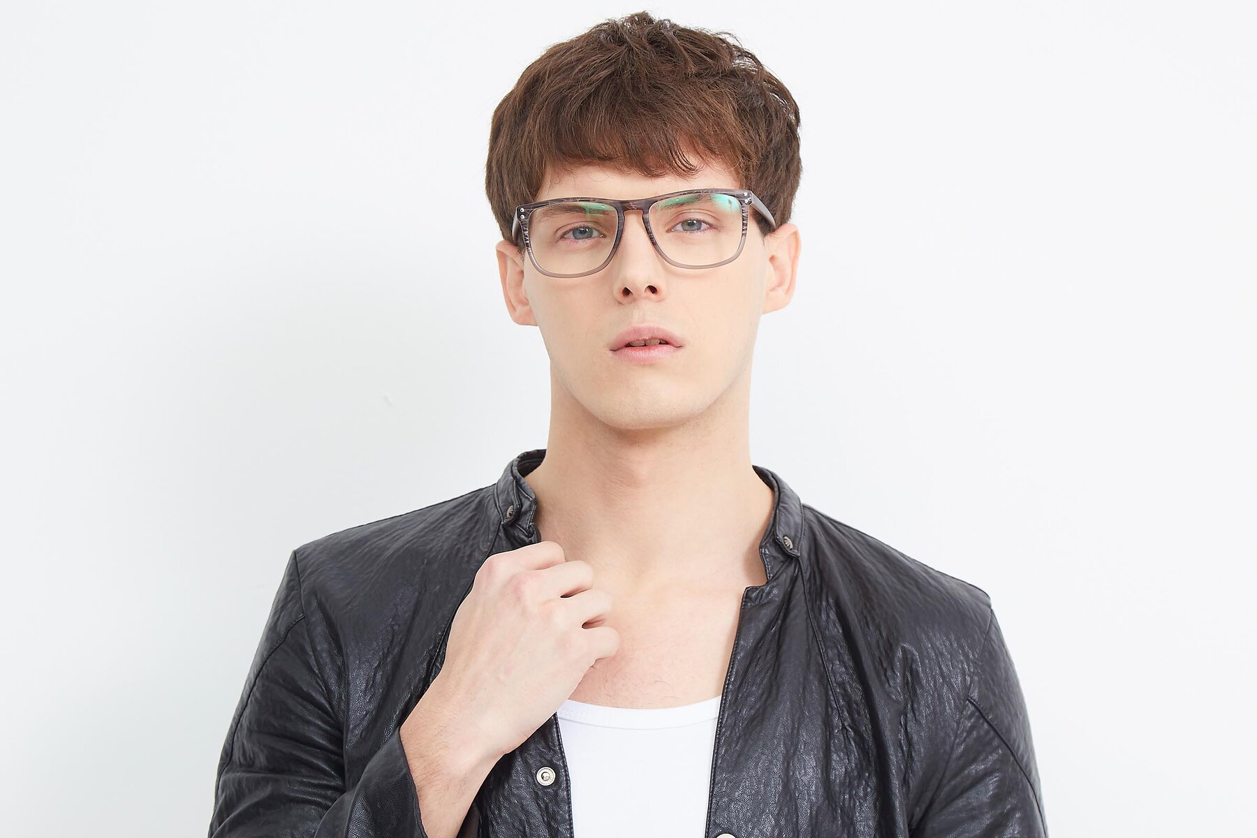 Men's lifestyle photography (landscape-1) of SSR411 in Translucent Floral Grey with Clear Eyeglass Lenses