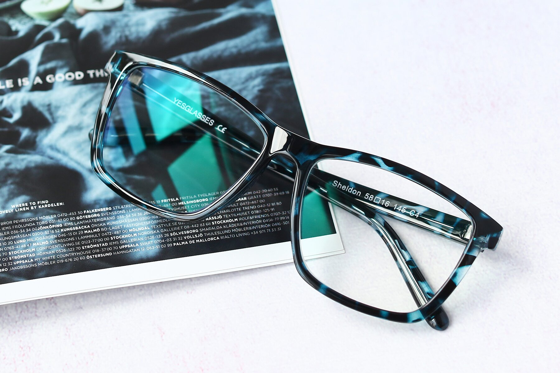 Lifestyle photography #1 of Sheldon in Blue Tortoise with Clear Eyeglass Lenses