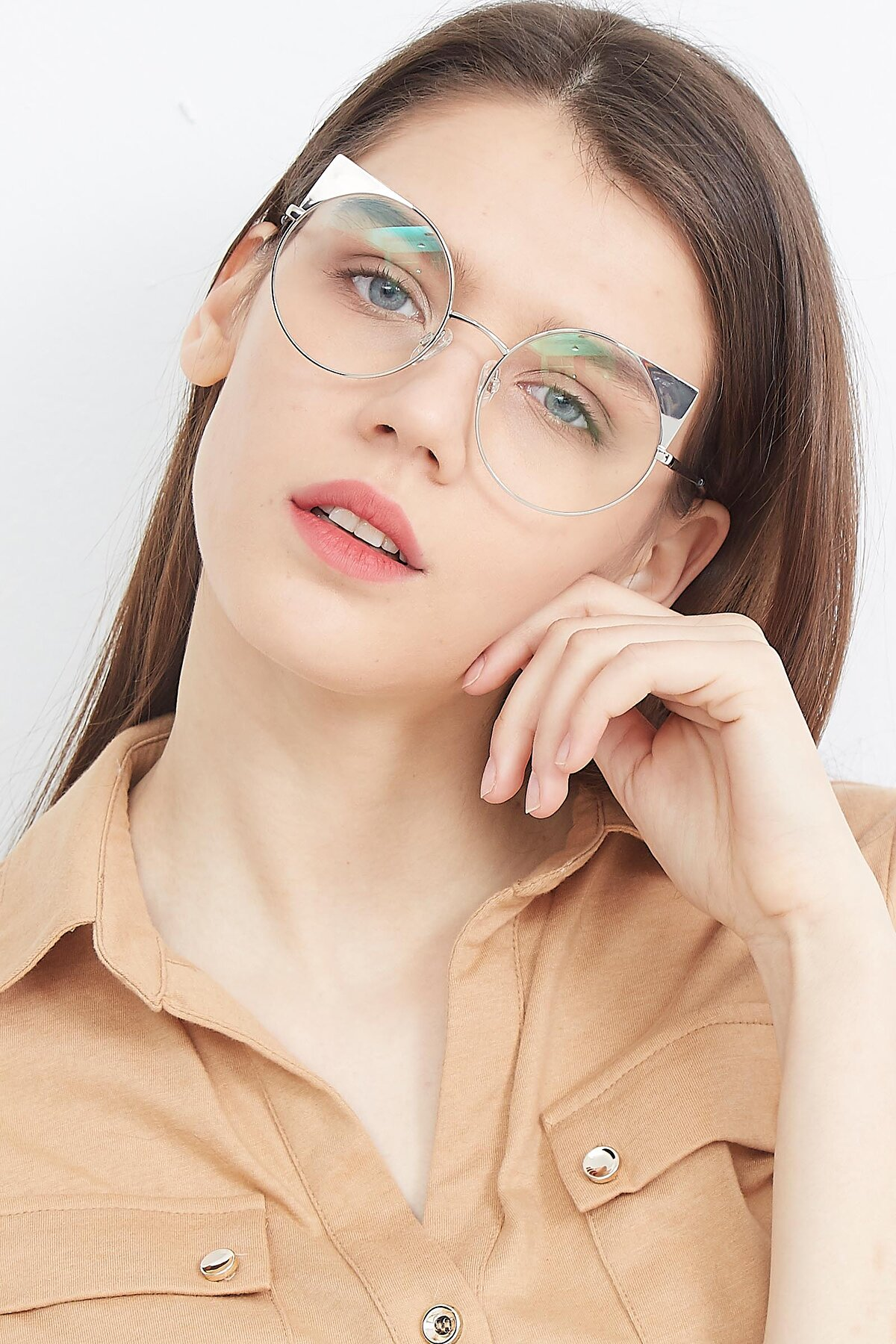 Women's lifestyle photography (portrait-1) of SSR1955 in Silver with Clear Eyeglass Lenses