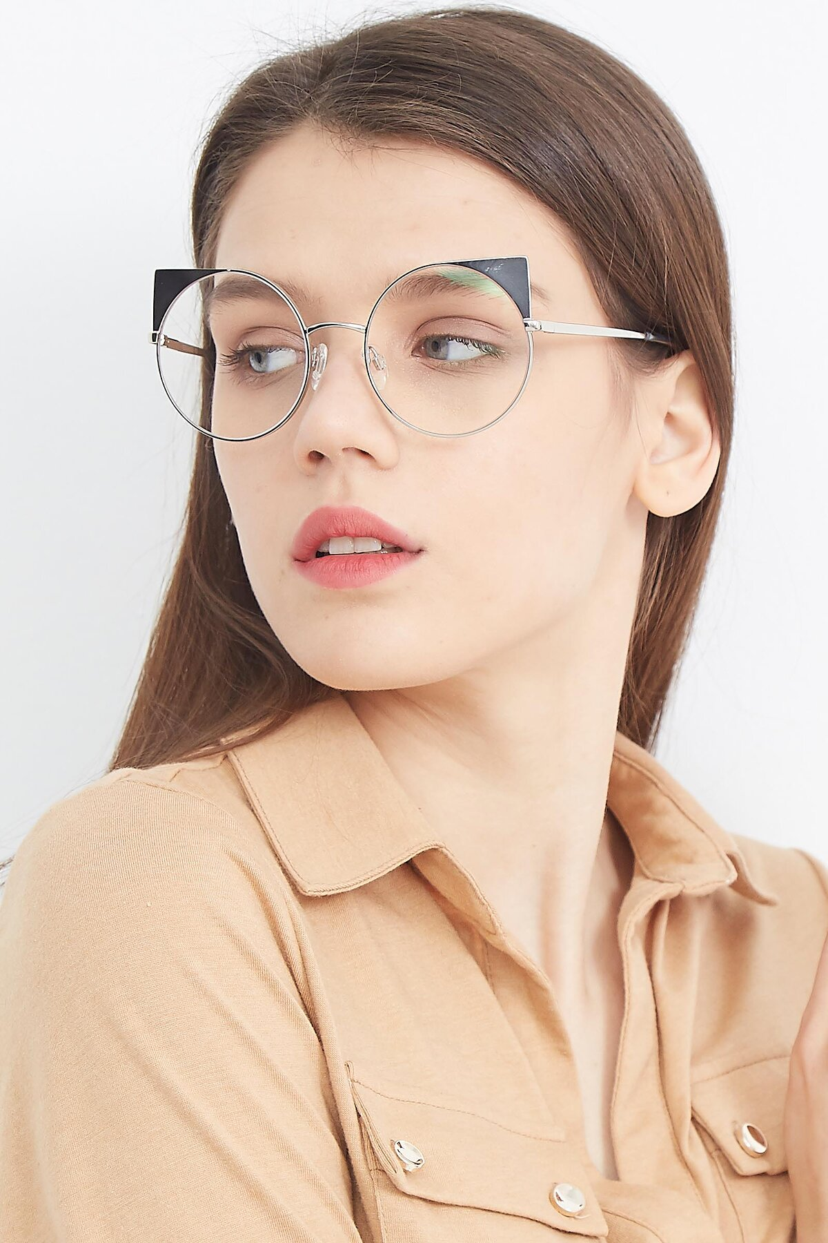 Women's lifestyle photography (portrait-2) of SSR1955 in Silver with Clear Eyeglass Lenses