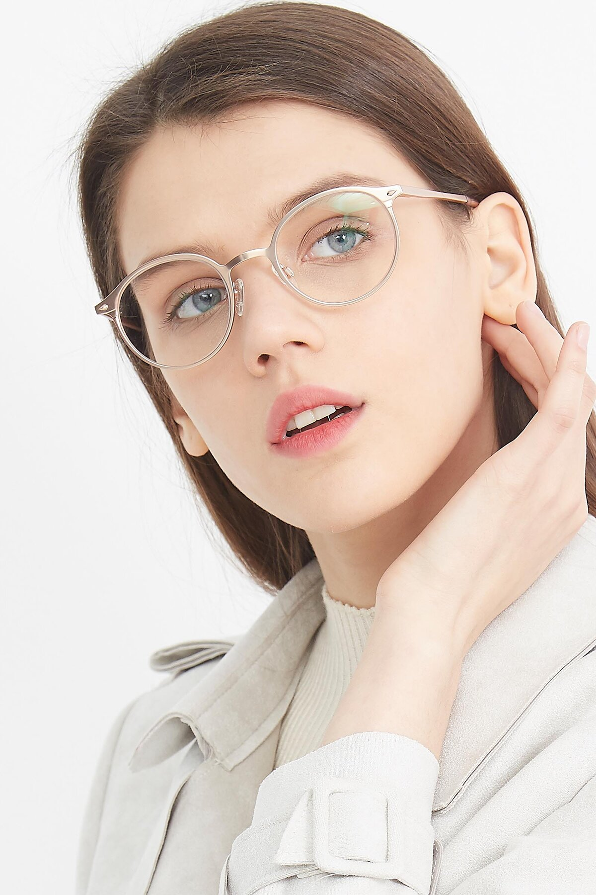Women's lifestyle photography (portrait-1) of Twilight in Copper with Clear Eyeglass Lenses