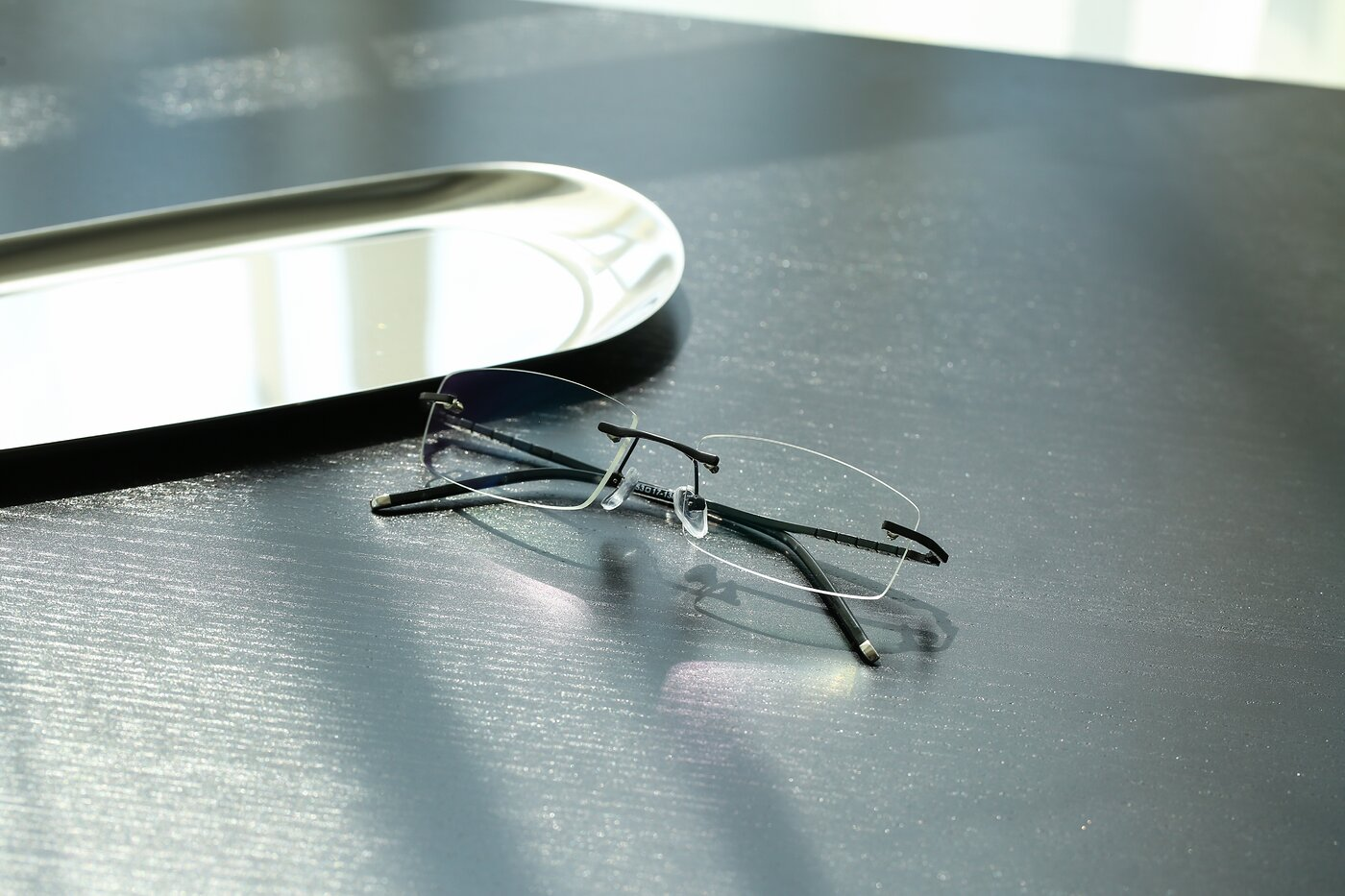 Black Metal Rectangle Rimless Eyeglasses