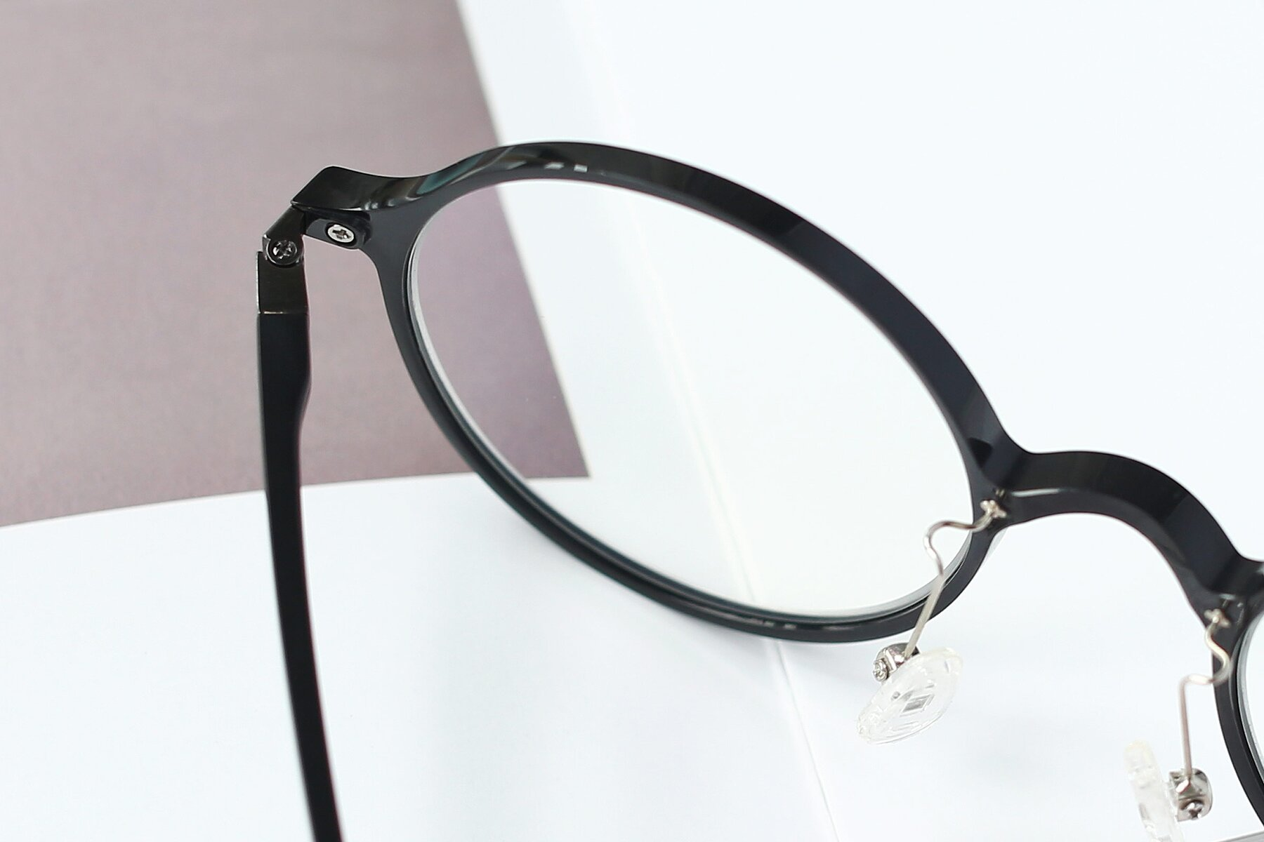 Lifestyle photography #3 of S3040 in Black with Clear Eyeglass Lenses