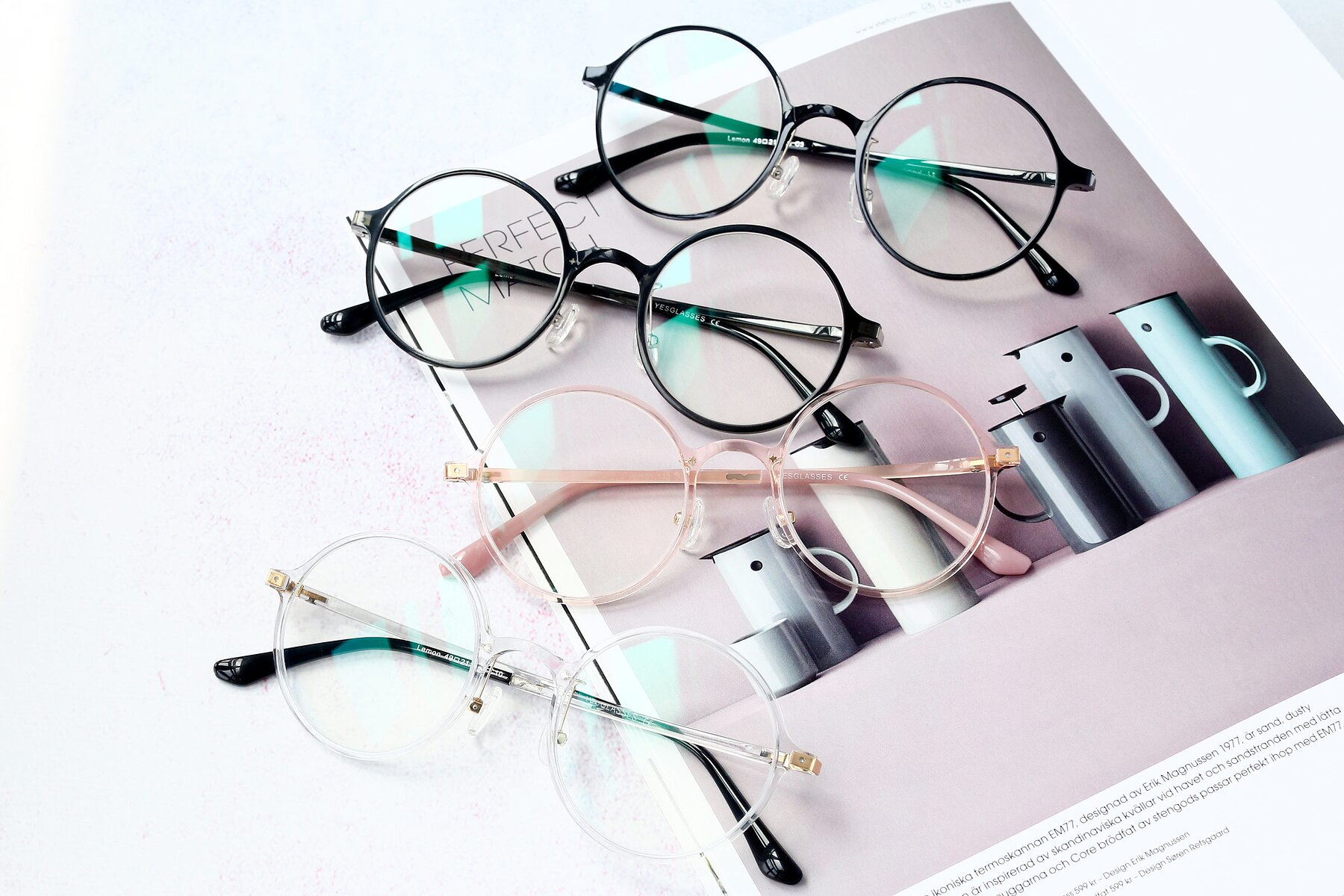 Lifestyle photography #4 of S3040 in Clear with Clear Blue Light Blocking Lenses