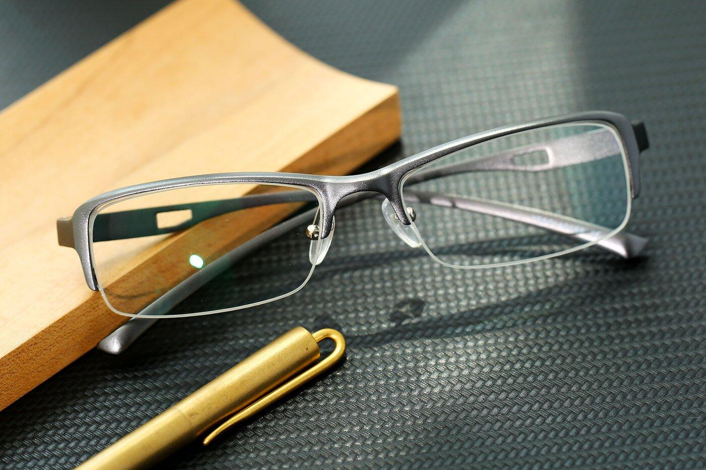 Gunmetal Magnesium Alloy Rectangle Semi-Rimless Eyeglasses