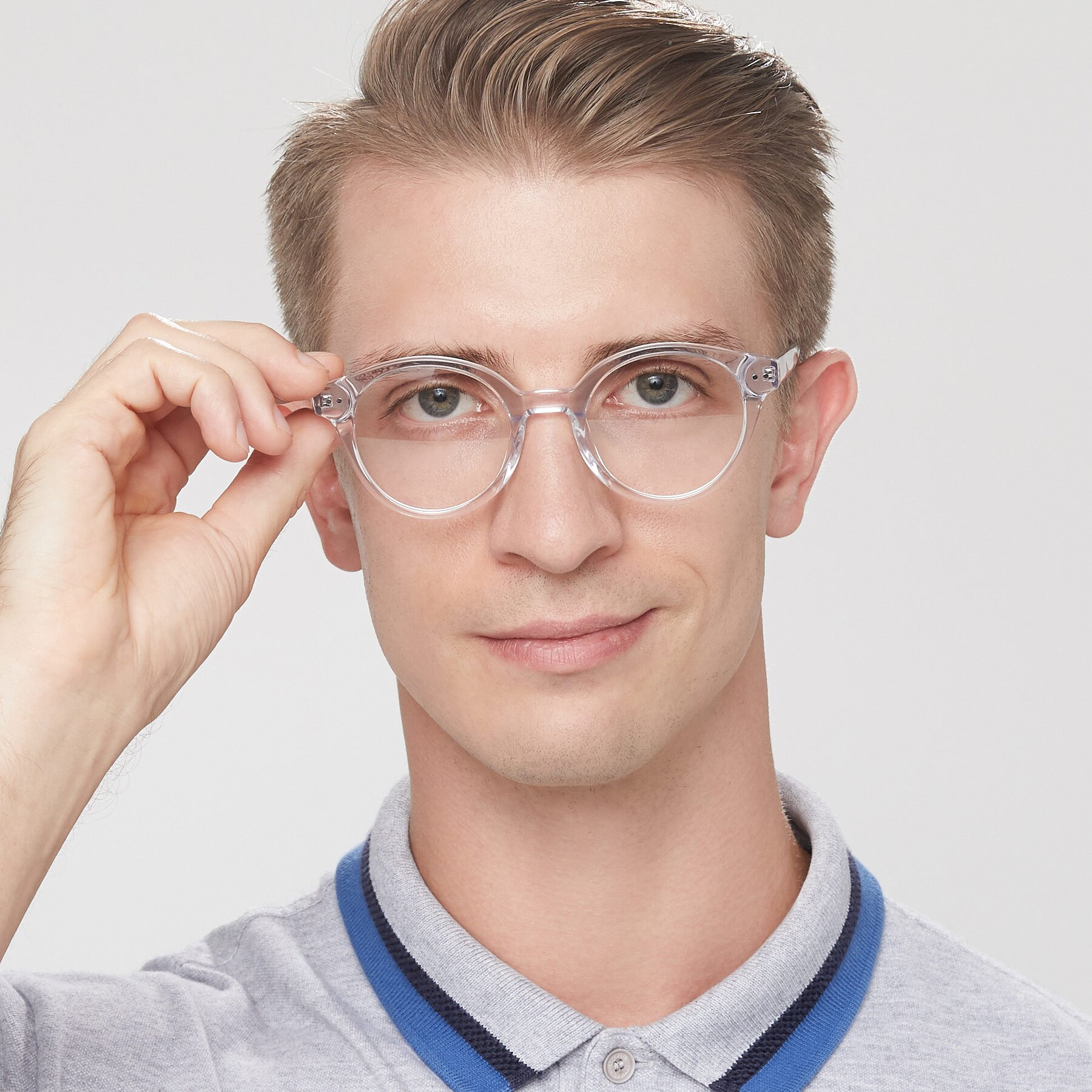 Men's lifestyle photography of 17277 in Clear with Clear Blue Light Blocking Lenses