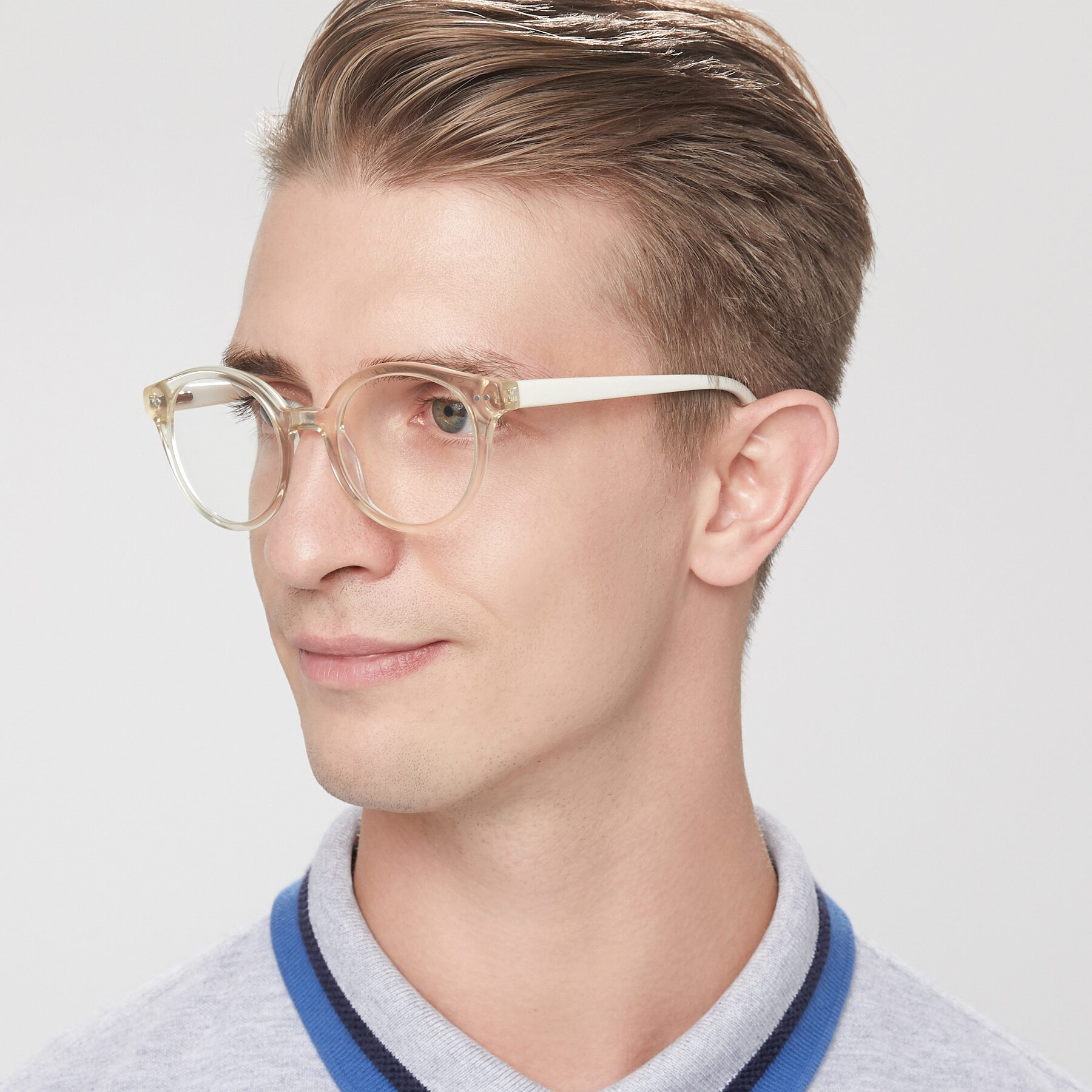 Men's lifestyle photography of 17277 in Transparent Beige with Clear Blue Light Blocking Lenses