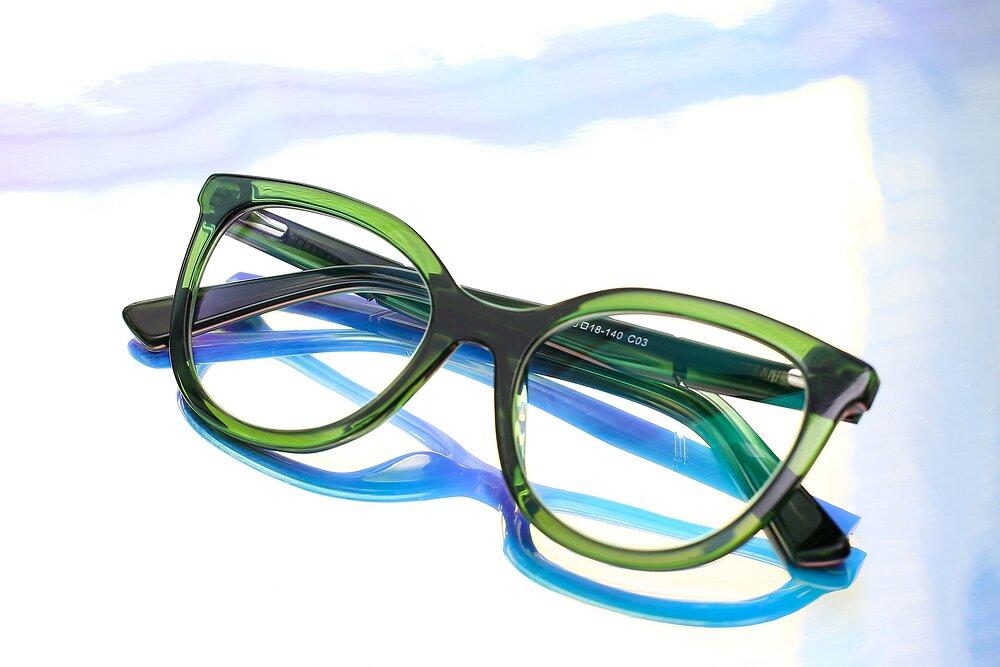 Translucent Green Horn-Rimmed Acetate Cat-Eye Eyeglasses