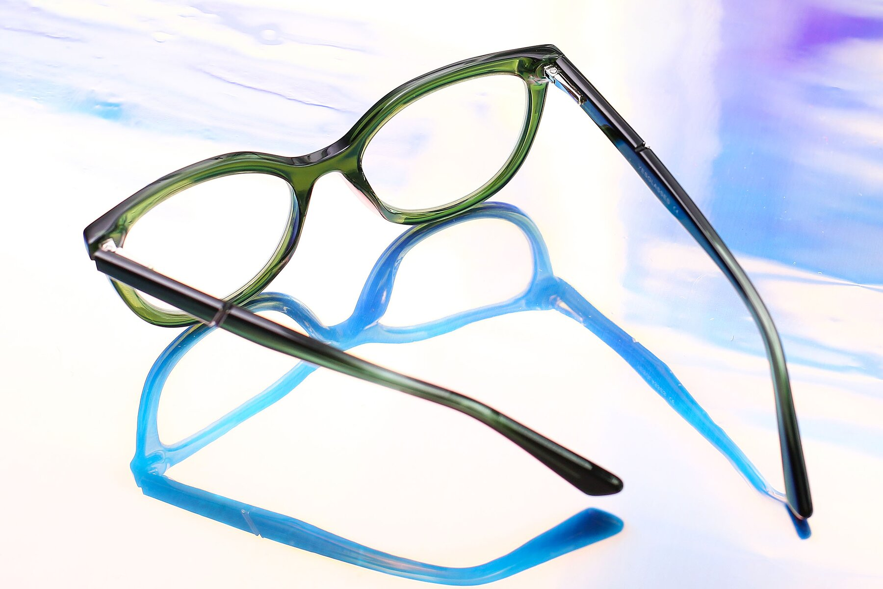 Lifestyle photography #3 of 17287 in Translucent Green with Clear Eyeglass Lenses