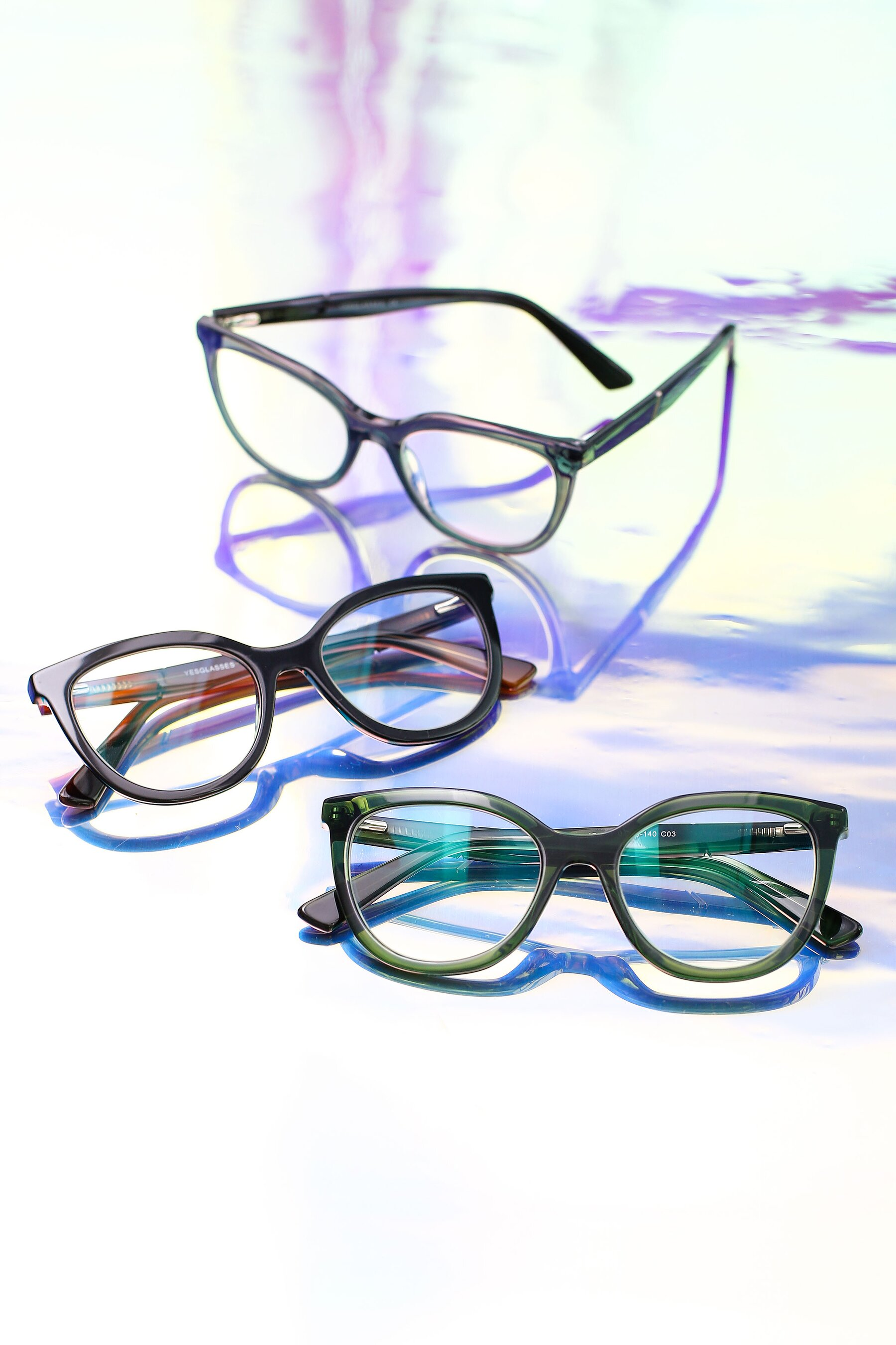 Lifestyle photography #5 of 17287 in Translucent Green with Clear Eyeglass Lenses