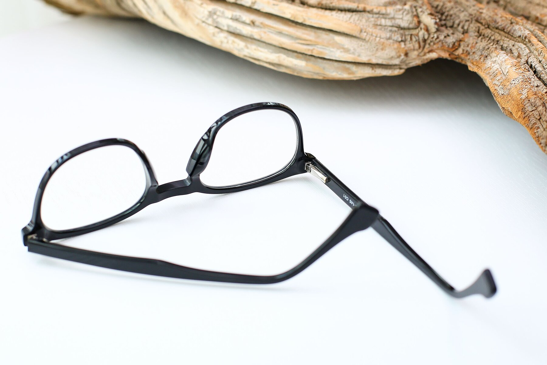Lifestyle photography #3 of 17293 in Black with Clear Eyeglass Lenses