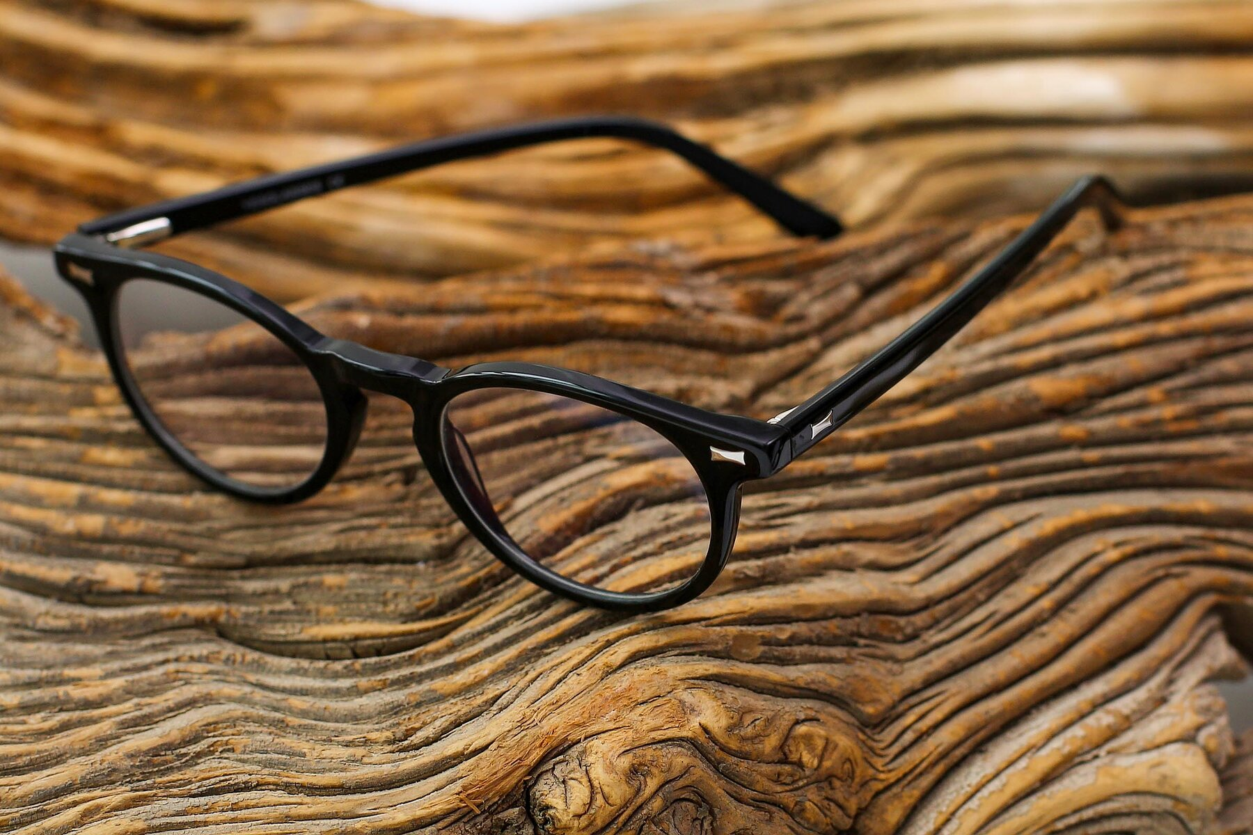 Lifestyle photography #2 of 17330 in Black with Clear Eyeglass Lenses