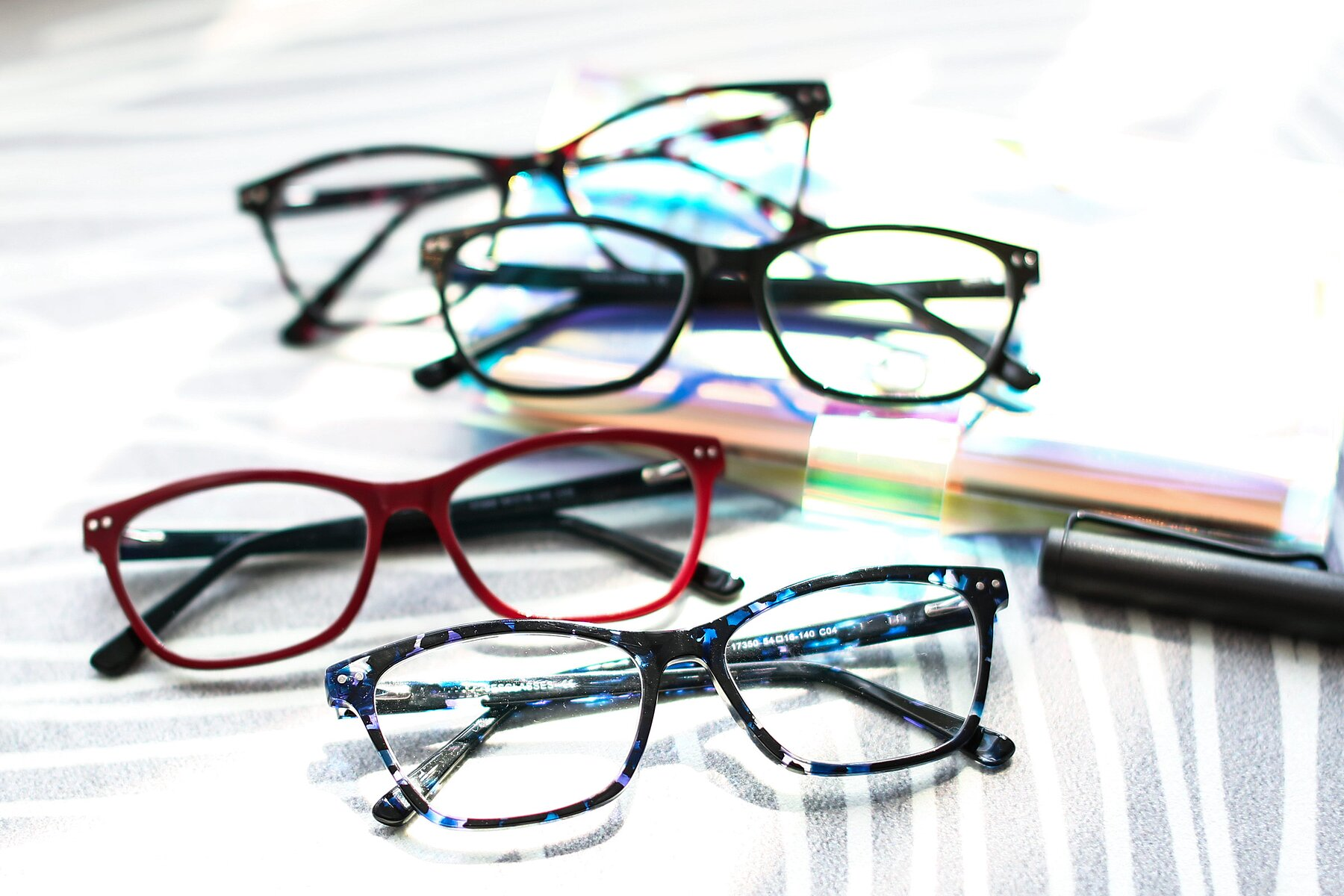 Lifestyle photography #4 of 17350 in Tortoise Blue with Clear Eyeglass Lenses