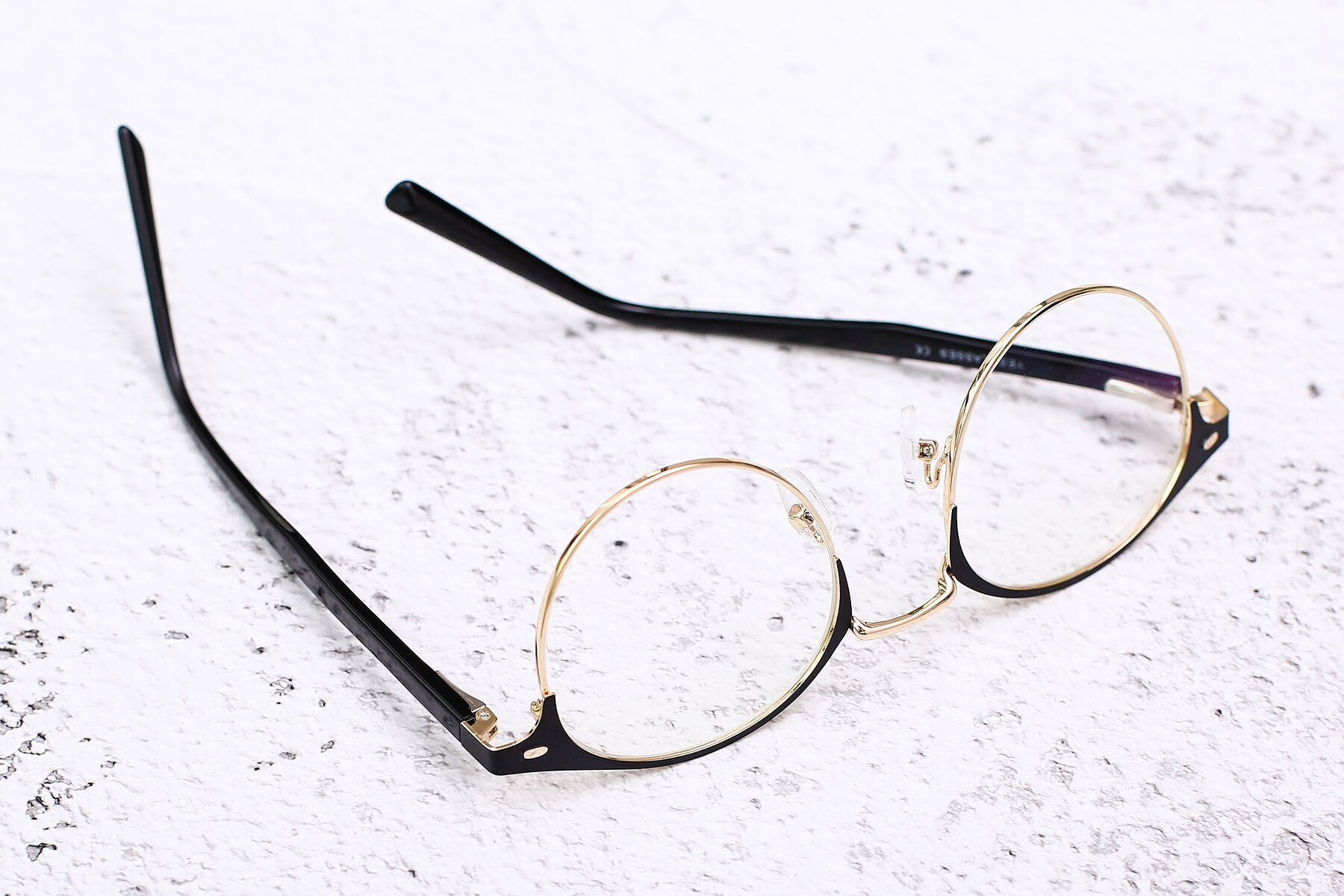 Lifestyle photography #2 of 9099 in Black-Gold with Clear Eyeglass Lenses