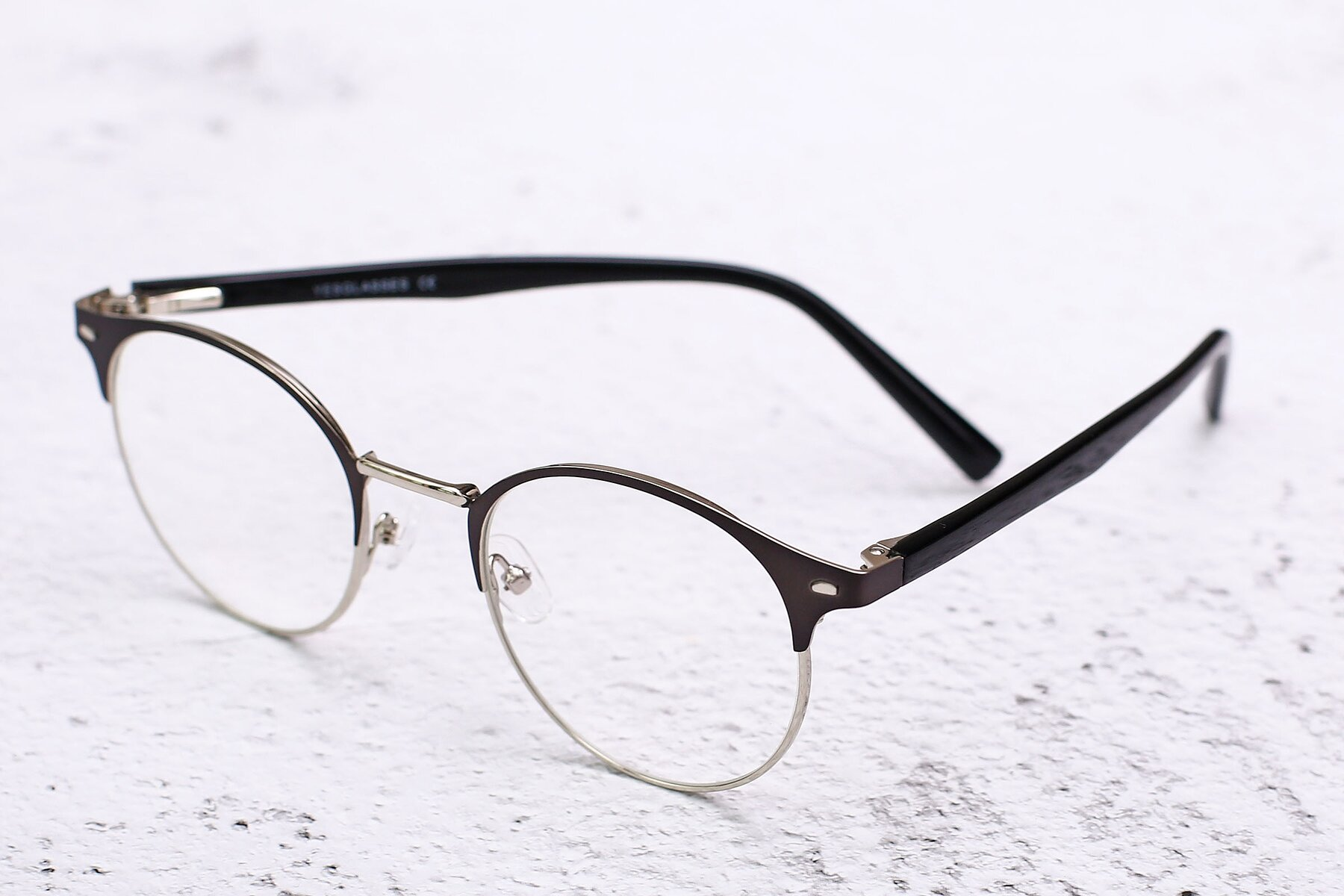 Lifestyle photography #2 of 9099 in Gray-Silver with Clear Eyeglass Lenses