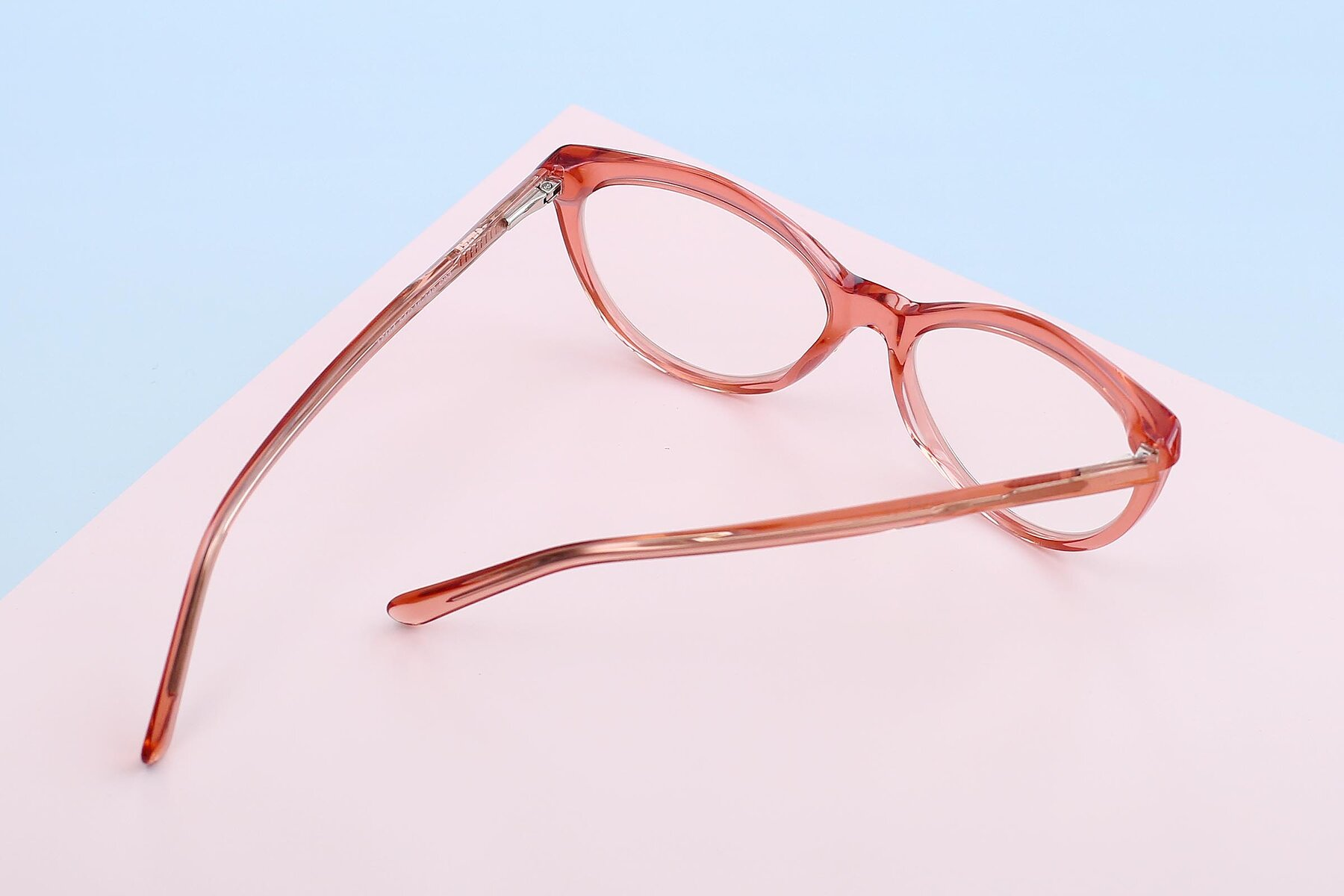 Women's lifestyle photography #3 of 17154 in Transparent Red with Clear Eyeglass Lenses
