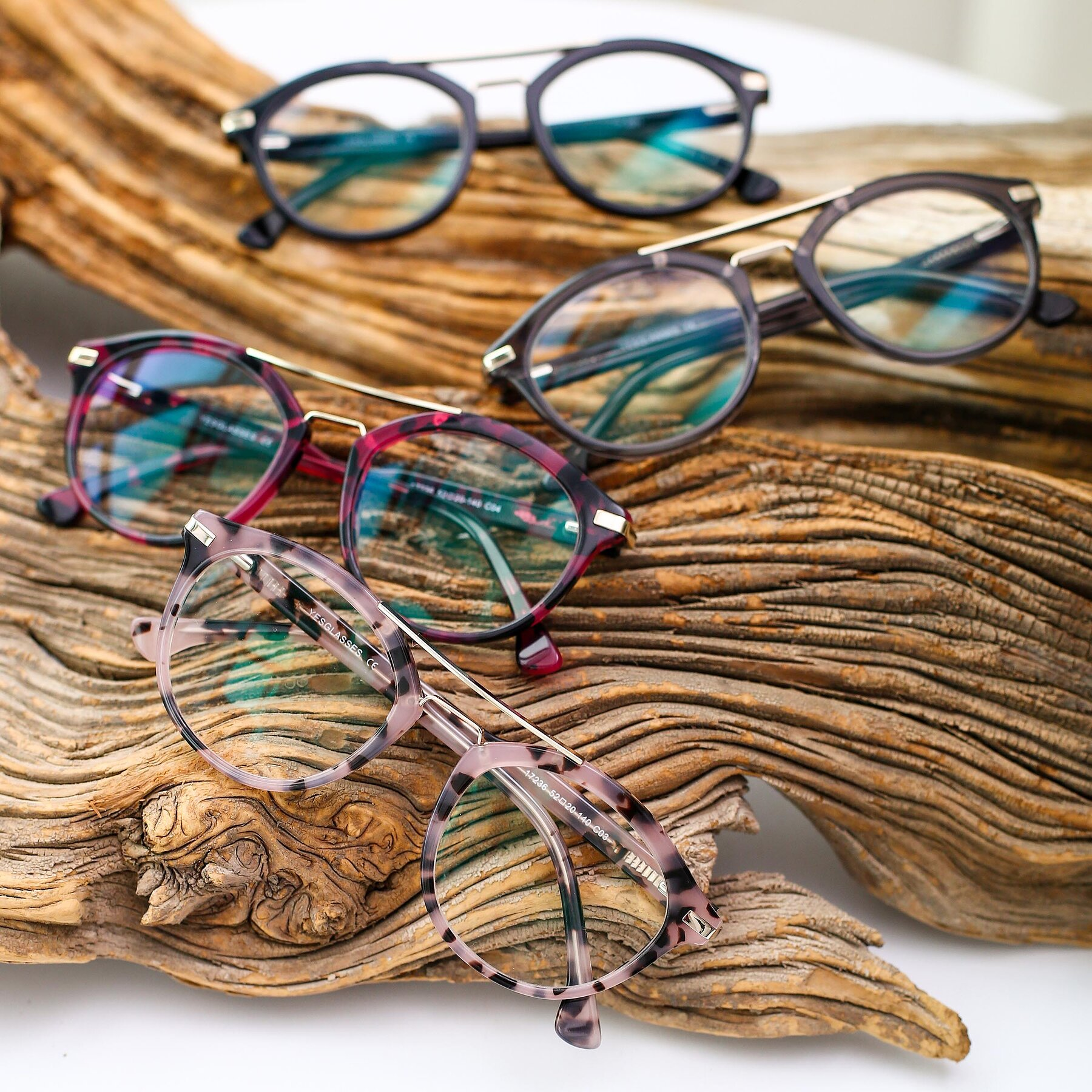 Lifestyle photography #4 of 17236 in Havana Floral-Gold with Clear Eyeglass Lenses