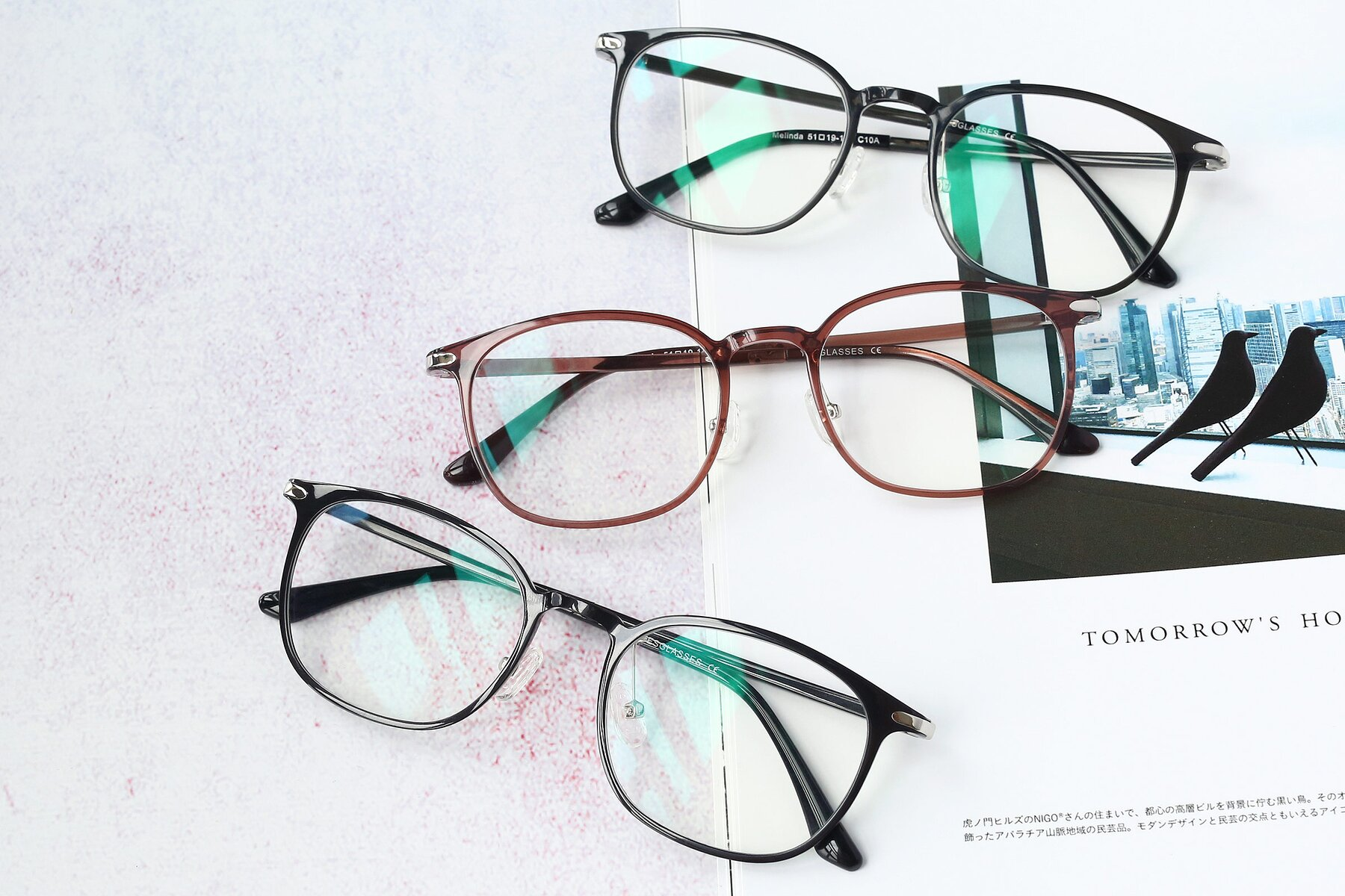 Lifestyle photography #4 of S3009 in Black with Clear Eyeglass Lenses