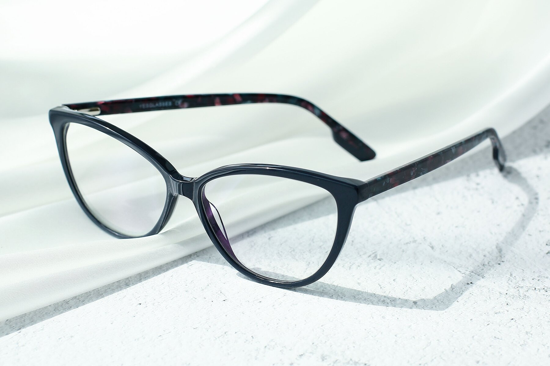 Lifestyle photography #2 of 17324 in Dark Blue with Clear Eyeglass Lenses