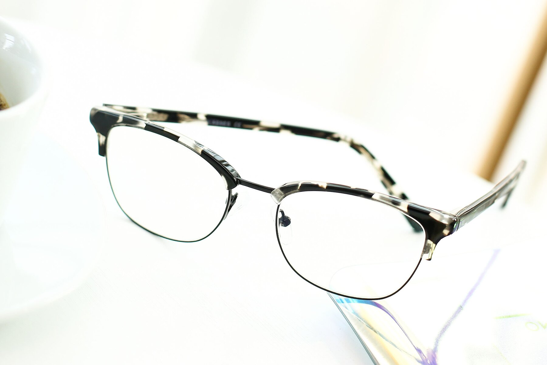 Lifestyle photography #2 of 17463 in Black-Tortoise with Clear Eyeglass Lenses