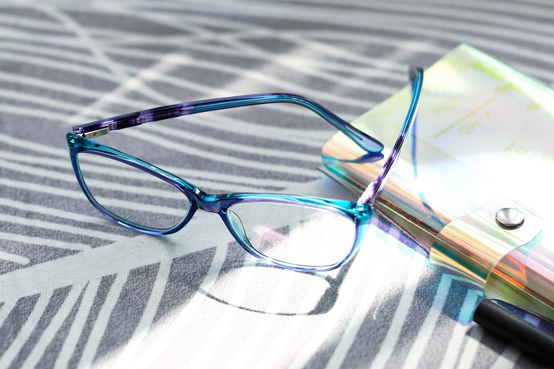 Lifestyle photography #2 of 17384 in Transparent Blue with Clear Eyeglass Lenses
