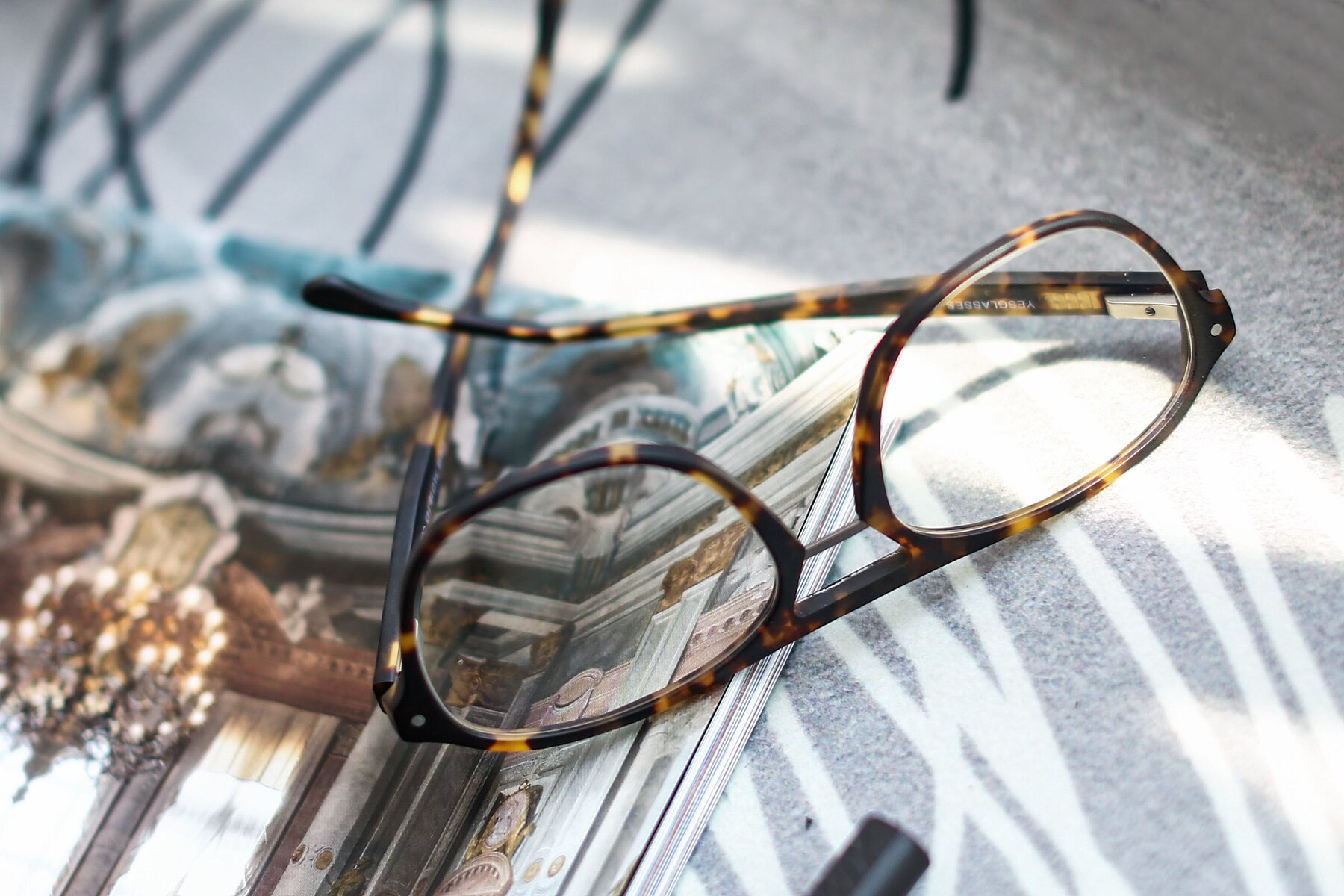 Lifestyle photography #3 of 17416 in Matt Tortoise with Clear Eyeglass Lenses