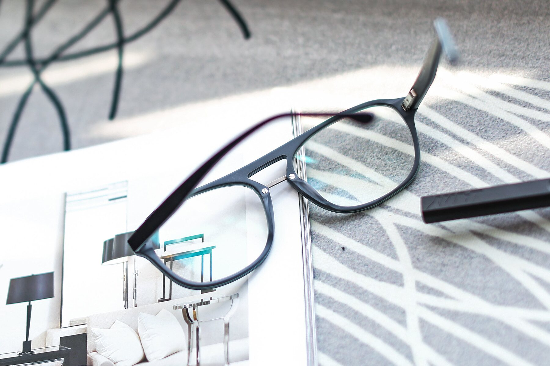 Lifestyle photography #3 of 17416 in Matt Black with Clear Eyeglass Lenses