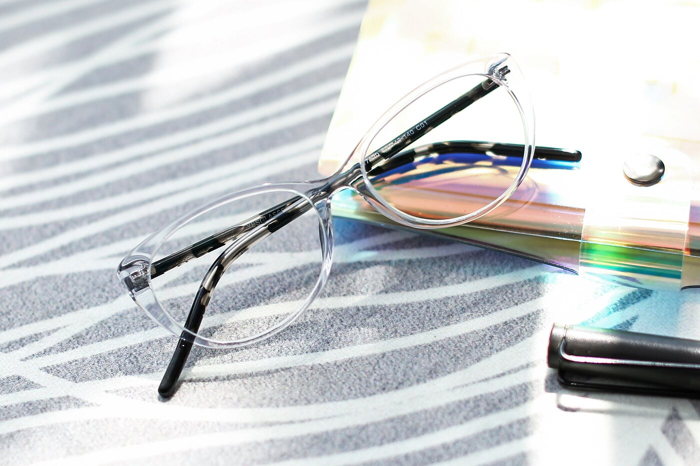 Clear Narrow Retro-Vintage Cat-Eye Eyeglasses