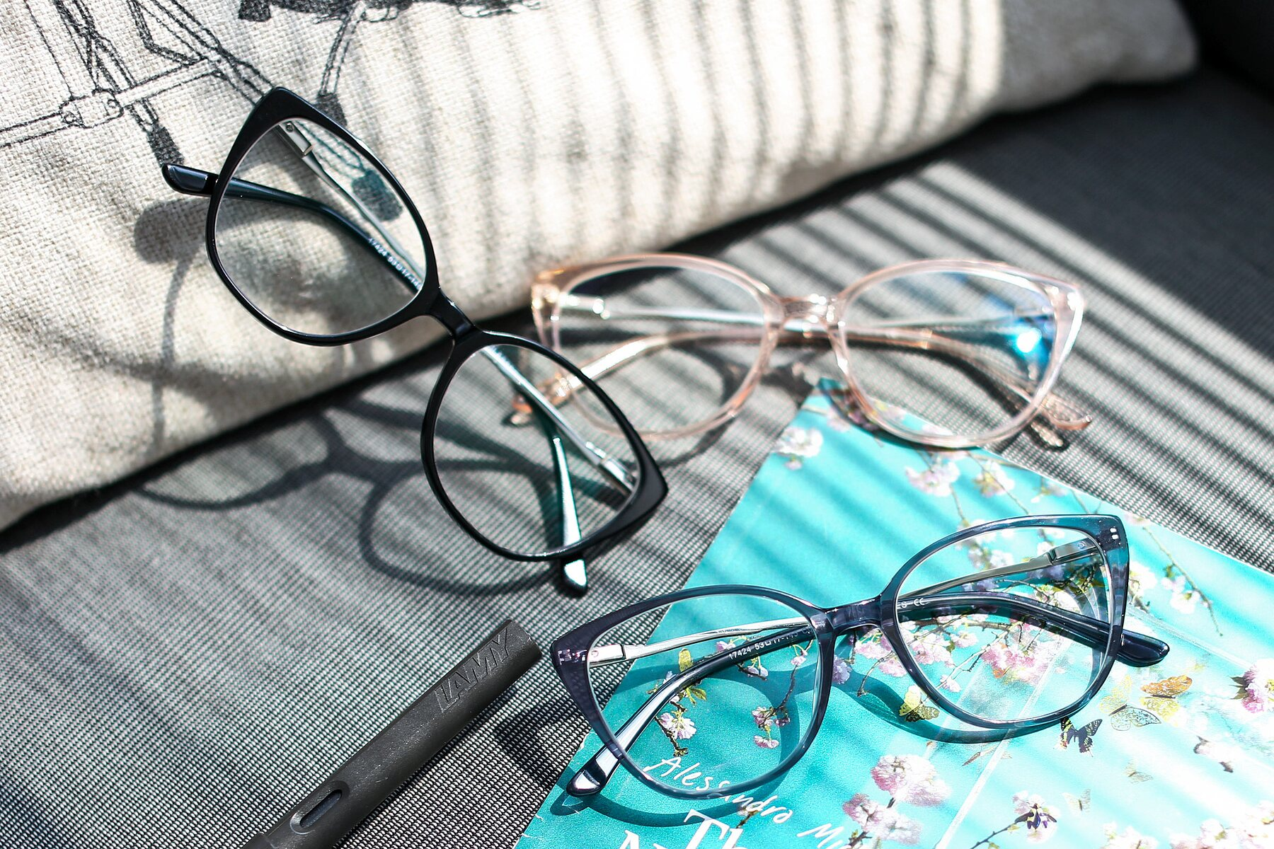Women's lifestyle photography #4 of 17424 in Transparent Grey with Clear Eyeglass Lenses