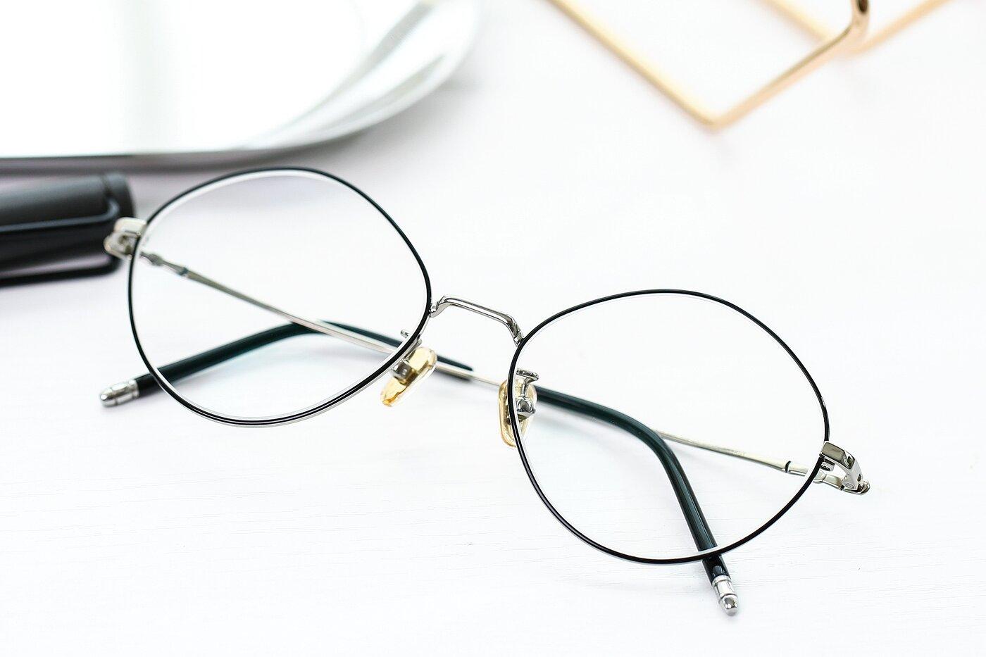 Black-Silver Hipster Titanium Geometric Eyeglasses