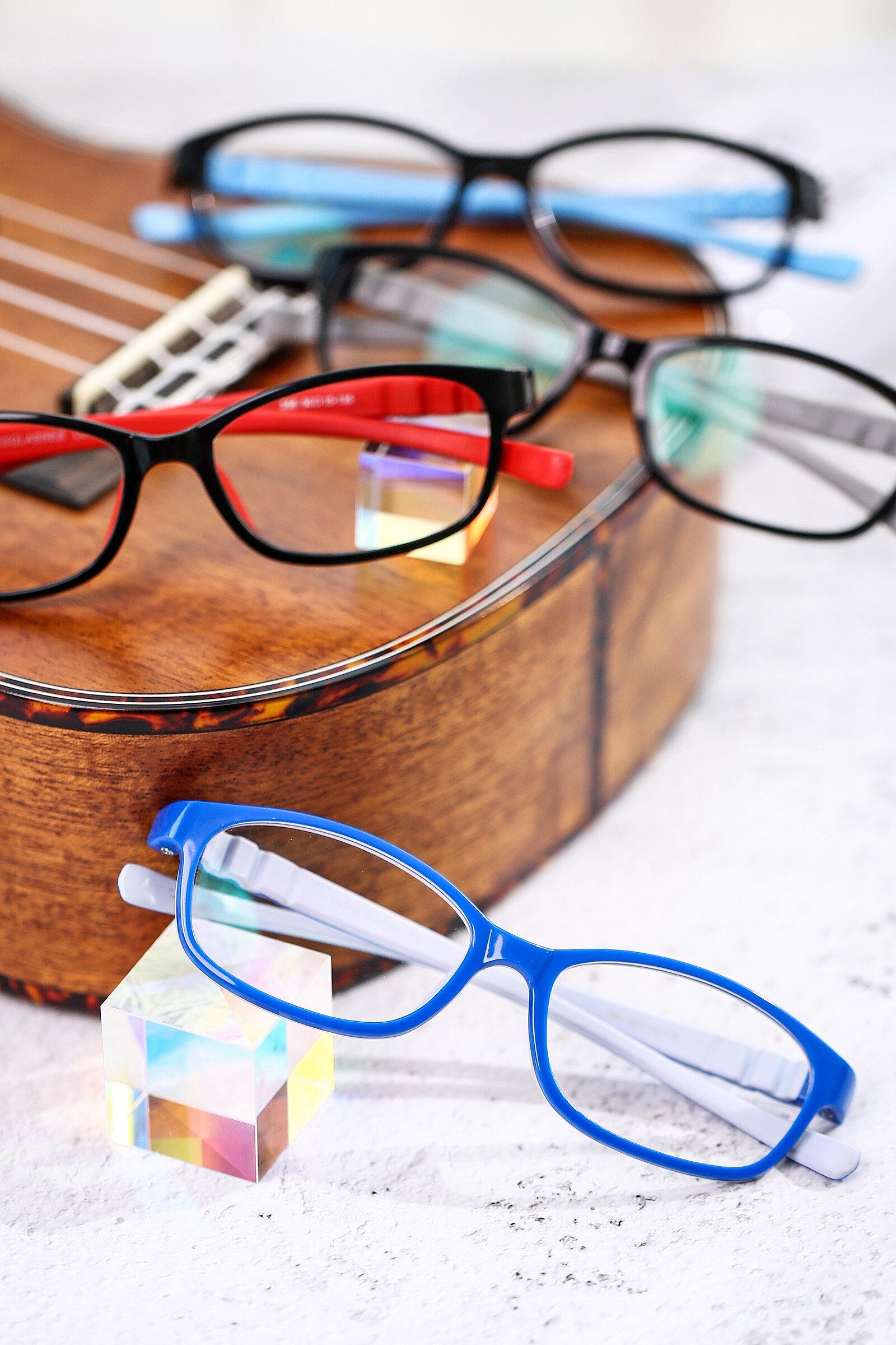 Lifestyle photography #4 of 556 in Blue-Gray with Clear Blue Light Blocking Lenses