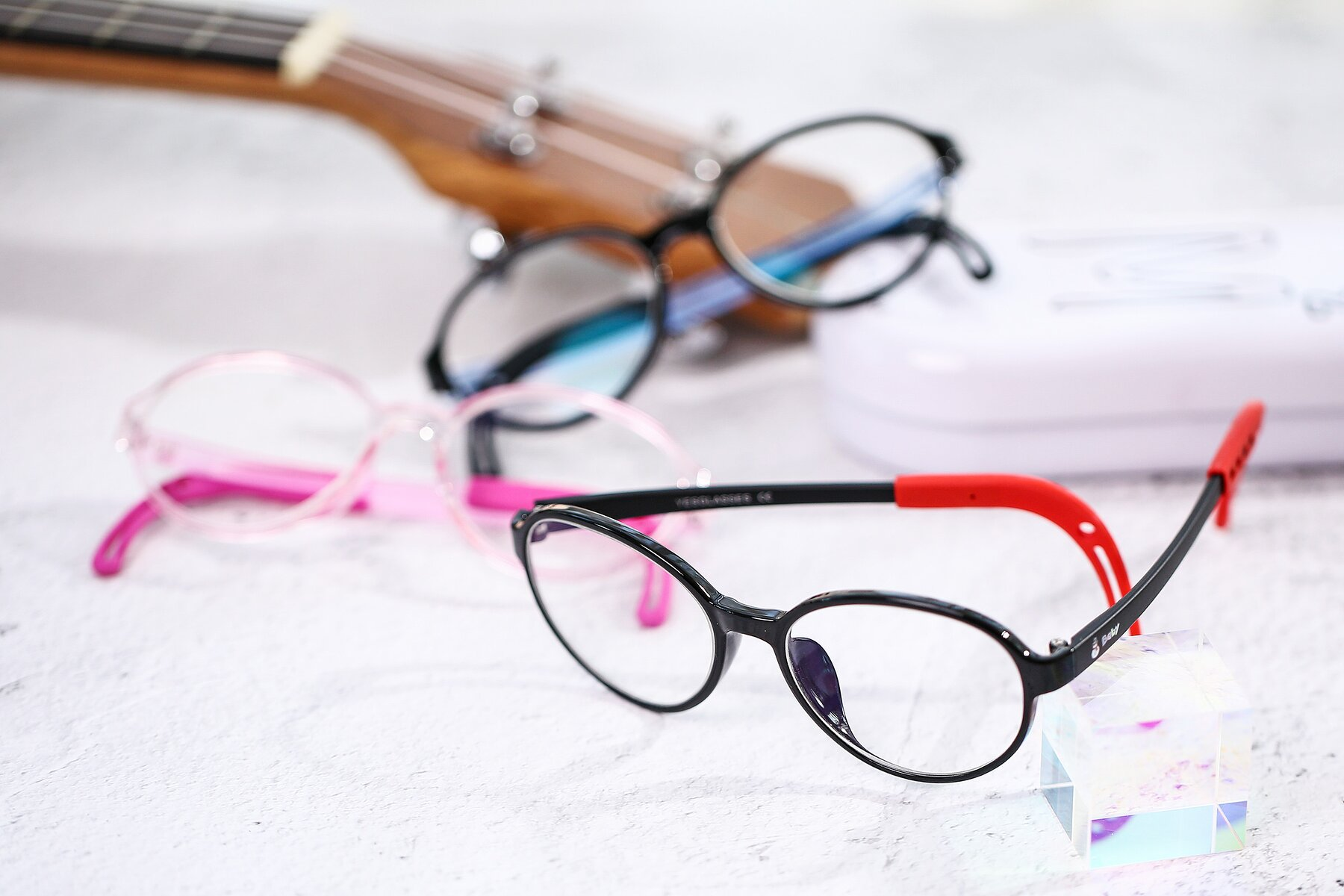 Lifestyle photography #4 of 1020 in Black-Red with Clear Eyeglass Lenses