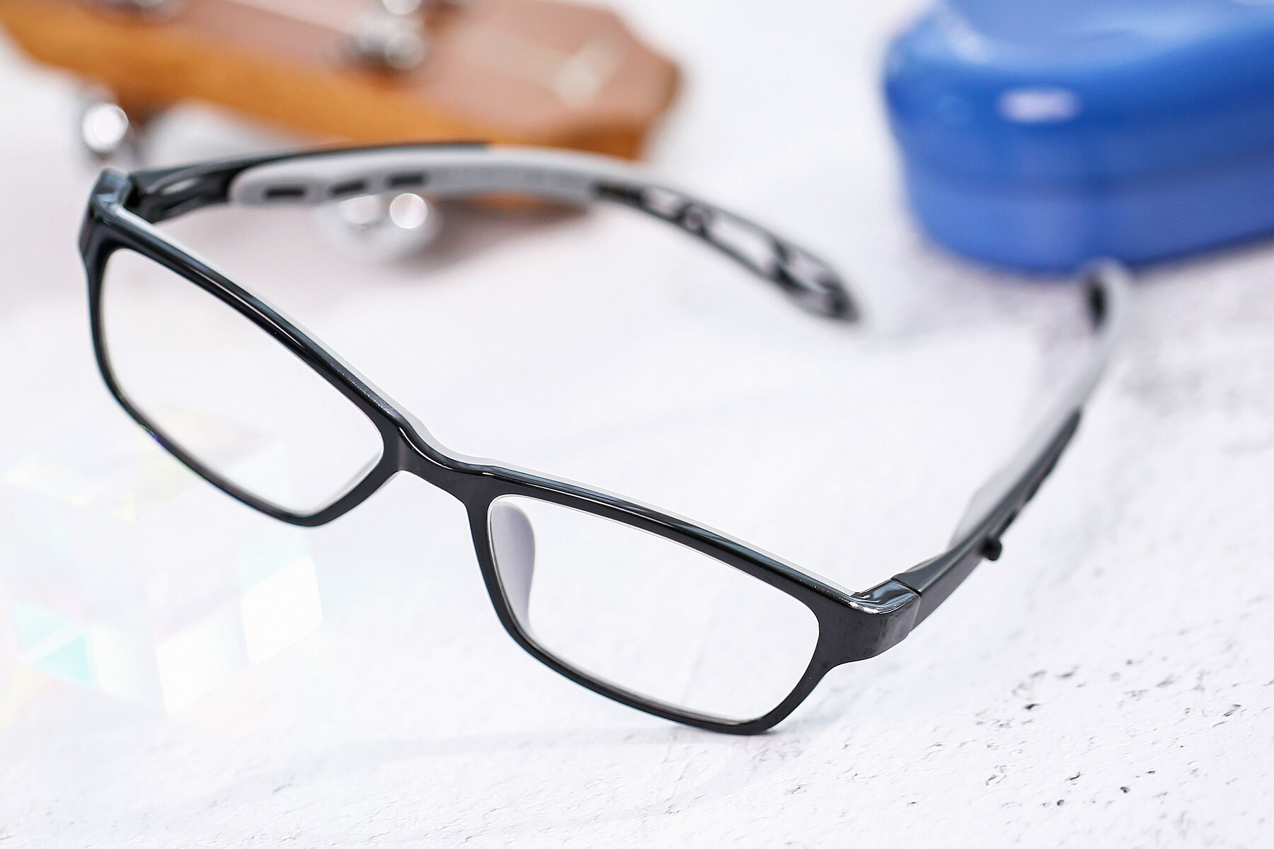 Lifestyle photography #2 of 1075 in Black-Gray with Clear Eyeglass Lenses