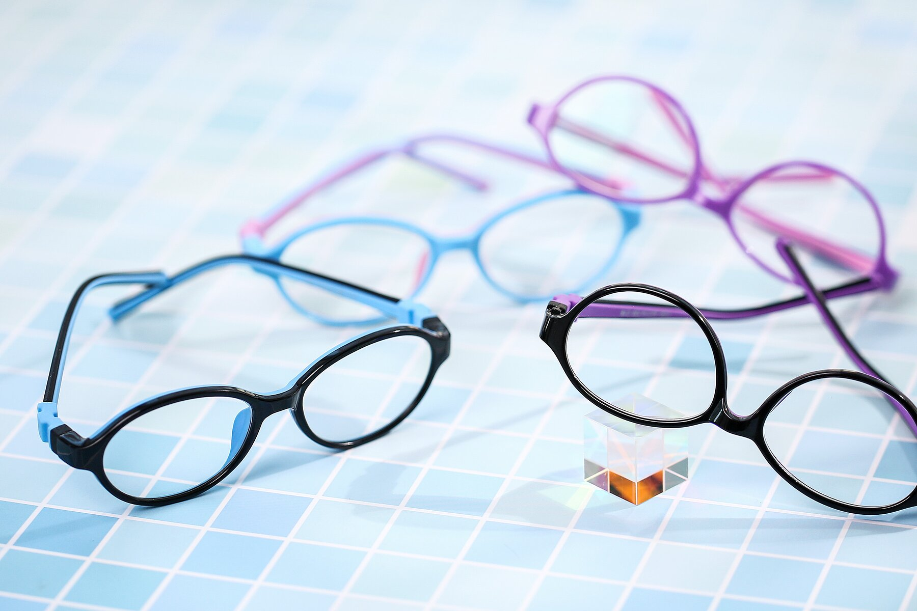 Lifestyle photography #4 of 1120 in Black-Blue with Clear Blue Light Blocking Lenses
