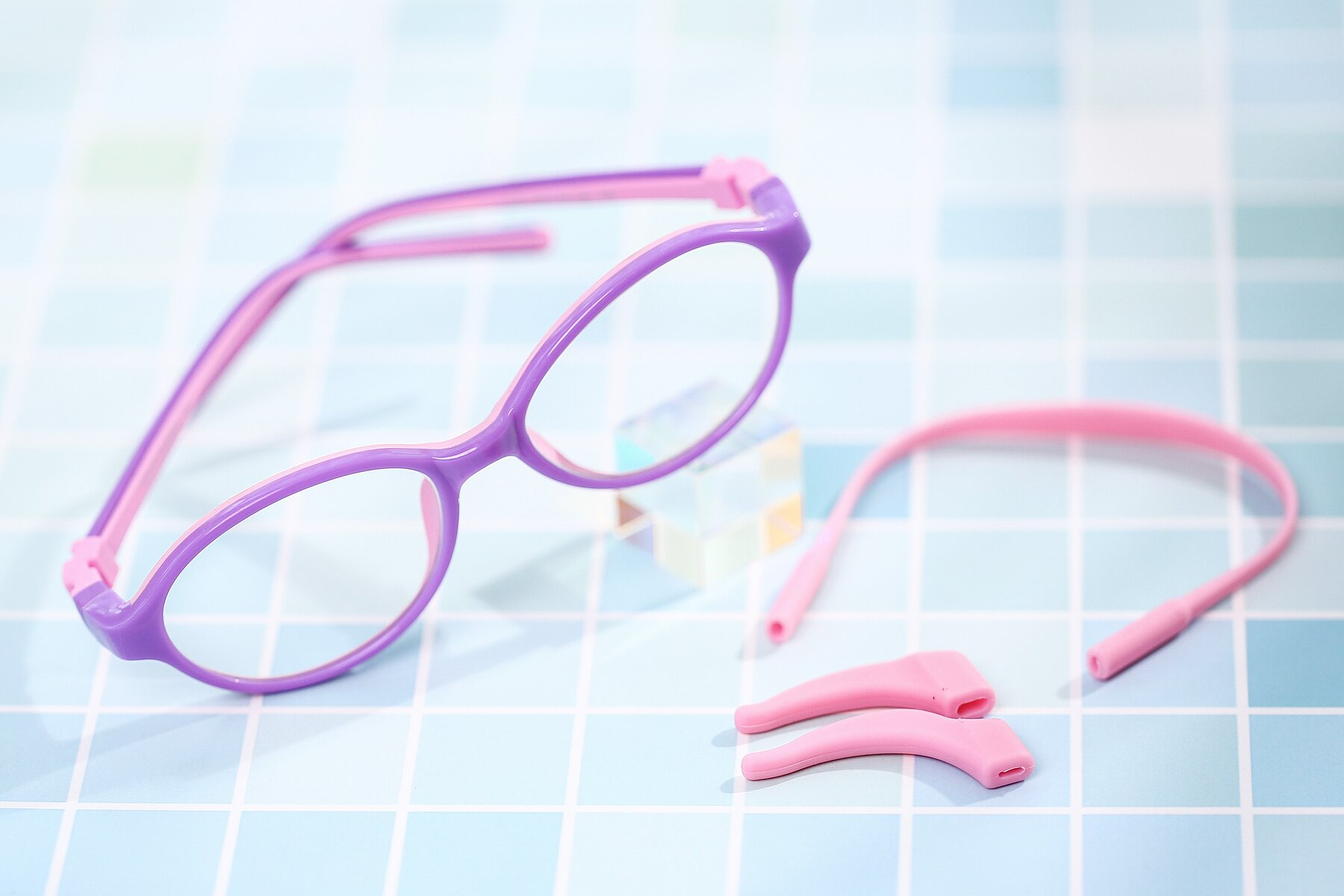 Women's lifestyle photography #1 of 1120 in Purple-Pink with Clear Eyeglass Lenses