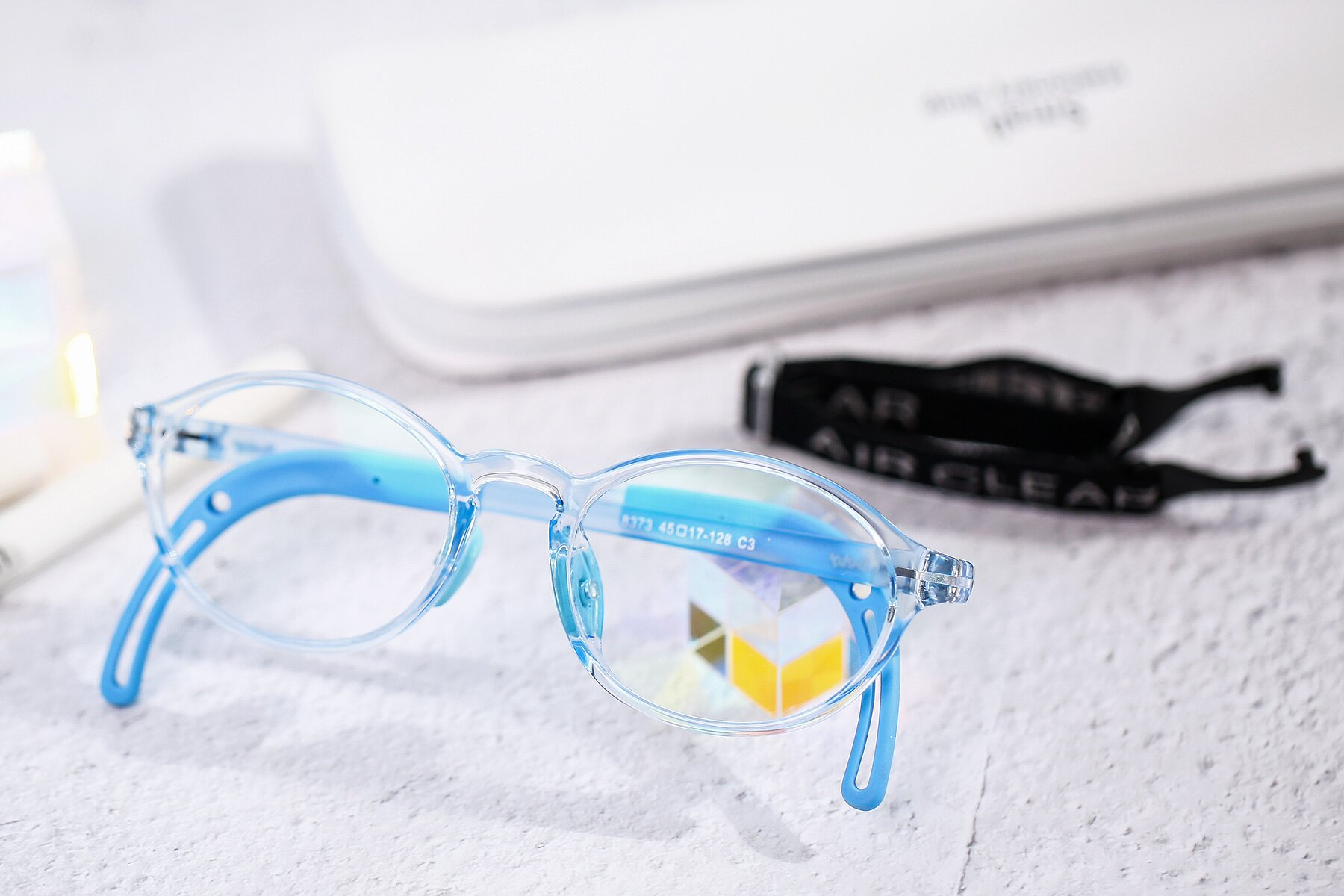 Lifestyle photography #1 of 8373 in Tranparent Blue with Clear Eyeglass Lenses