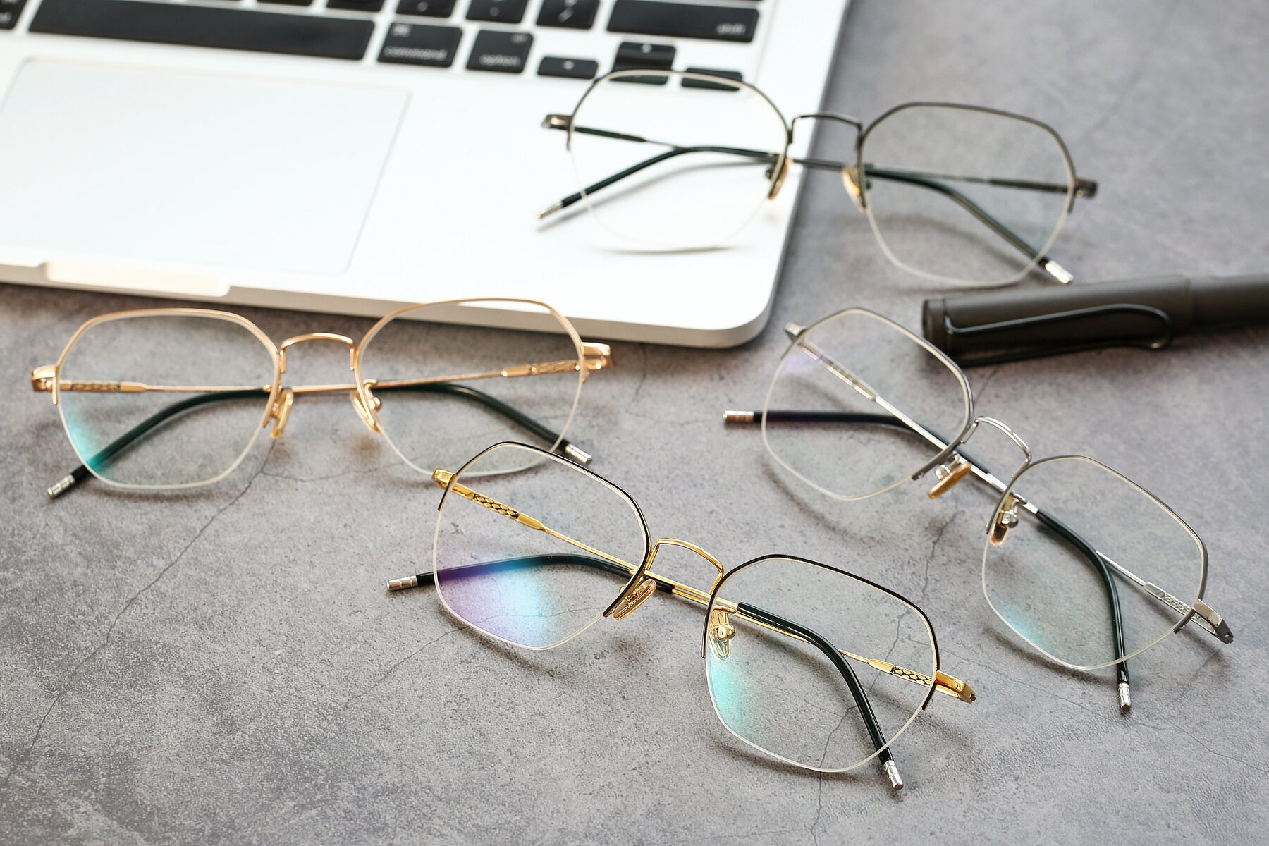 Lifestyle photography #4 of 90011 in Black-Gold with Clear Eyeglass Lenses