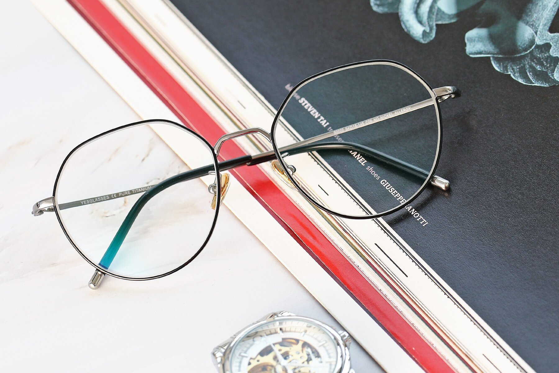 Lifestyle photography #1 of 90022 in Black-Silver with Clear Eyeglass Lenses