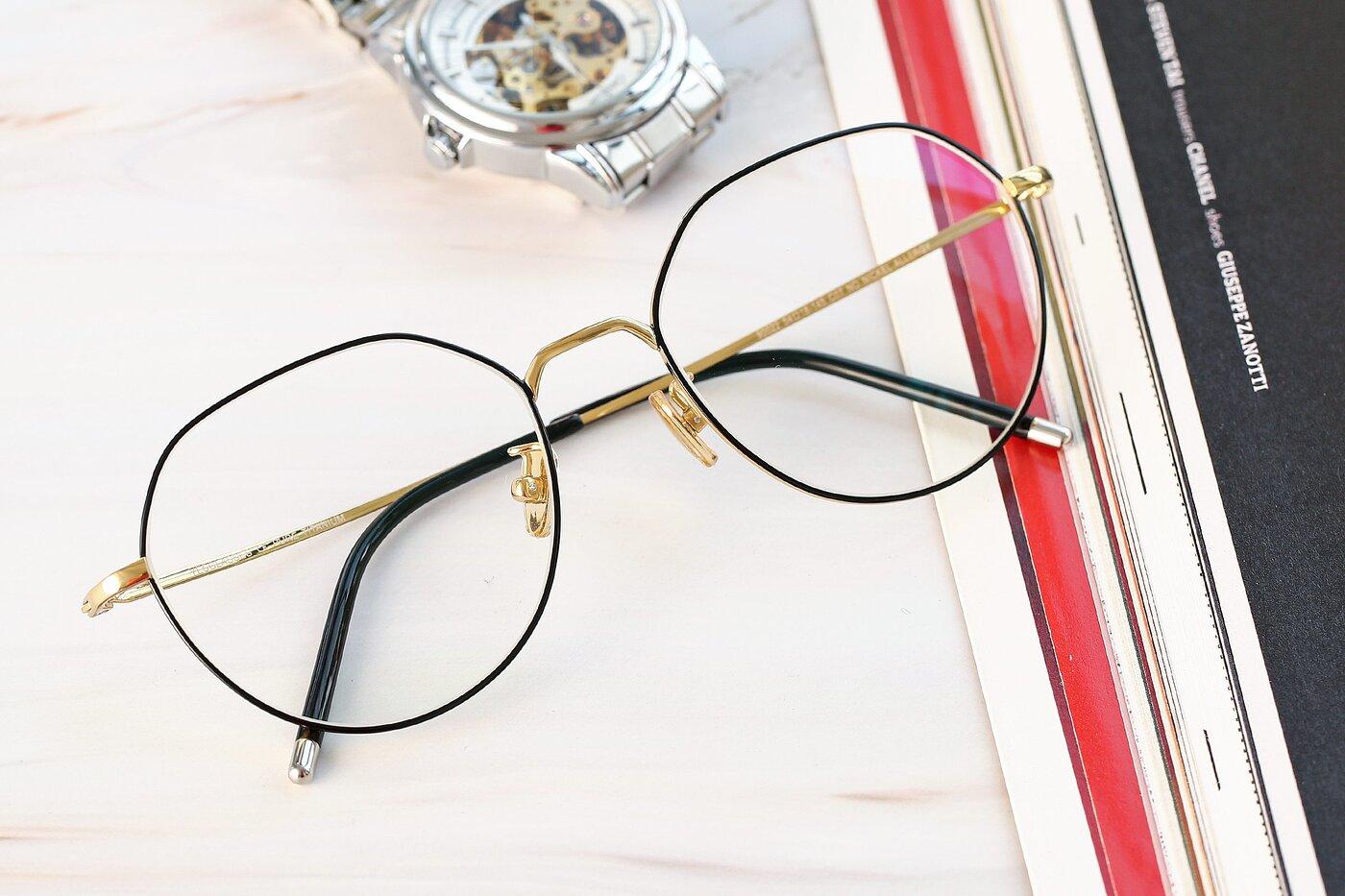 Black-Gold Hipster Titanium Geometric Eyeglasses