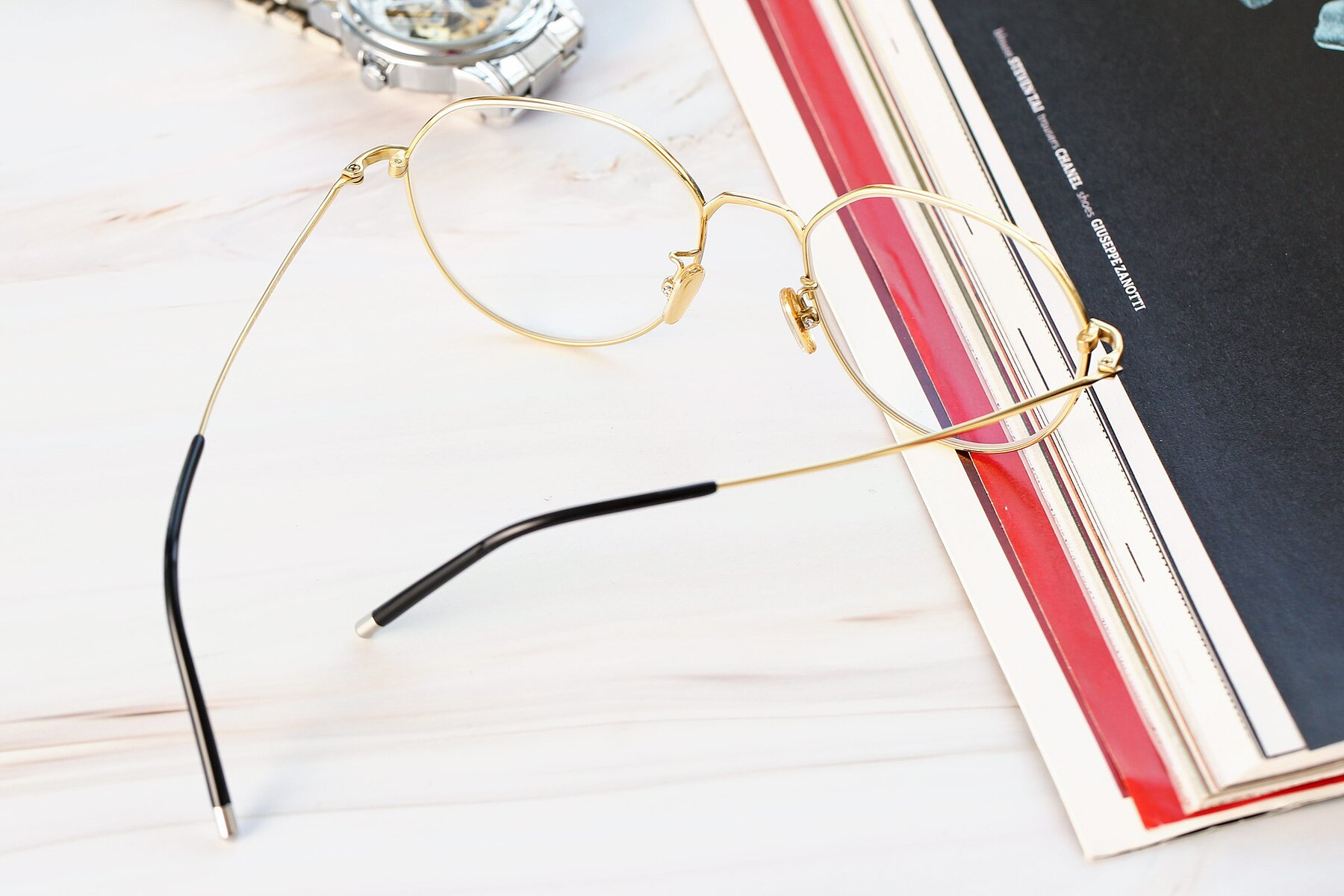 Lifestyle photography #2 of 90022 in Black-Gold with Clear Eyeglass Lenses