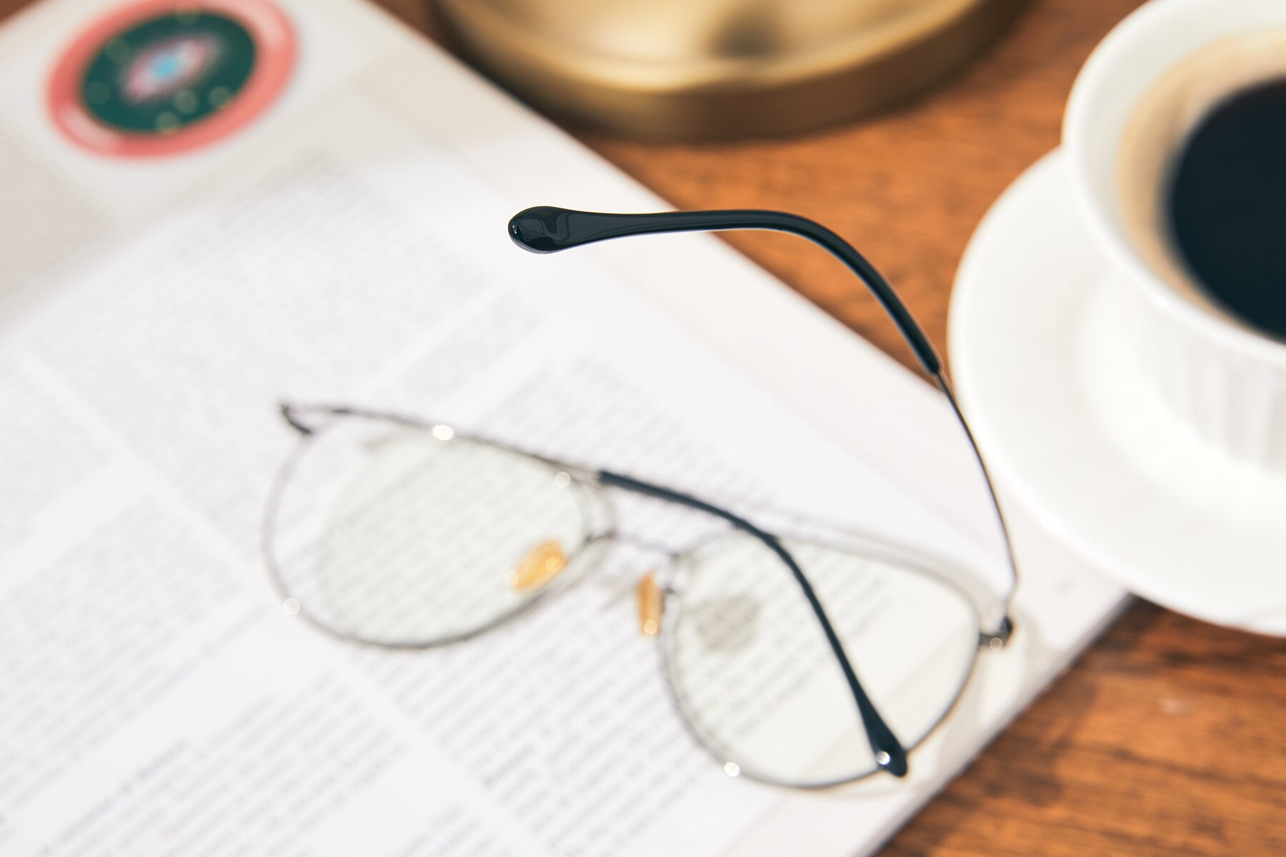 Lifestyle photography #3 of 80060 in Gun with Clear Eyeglass Lenses